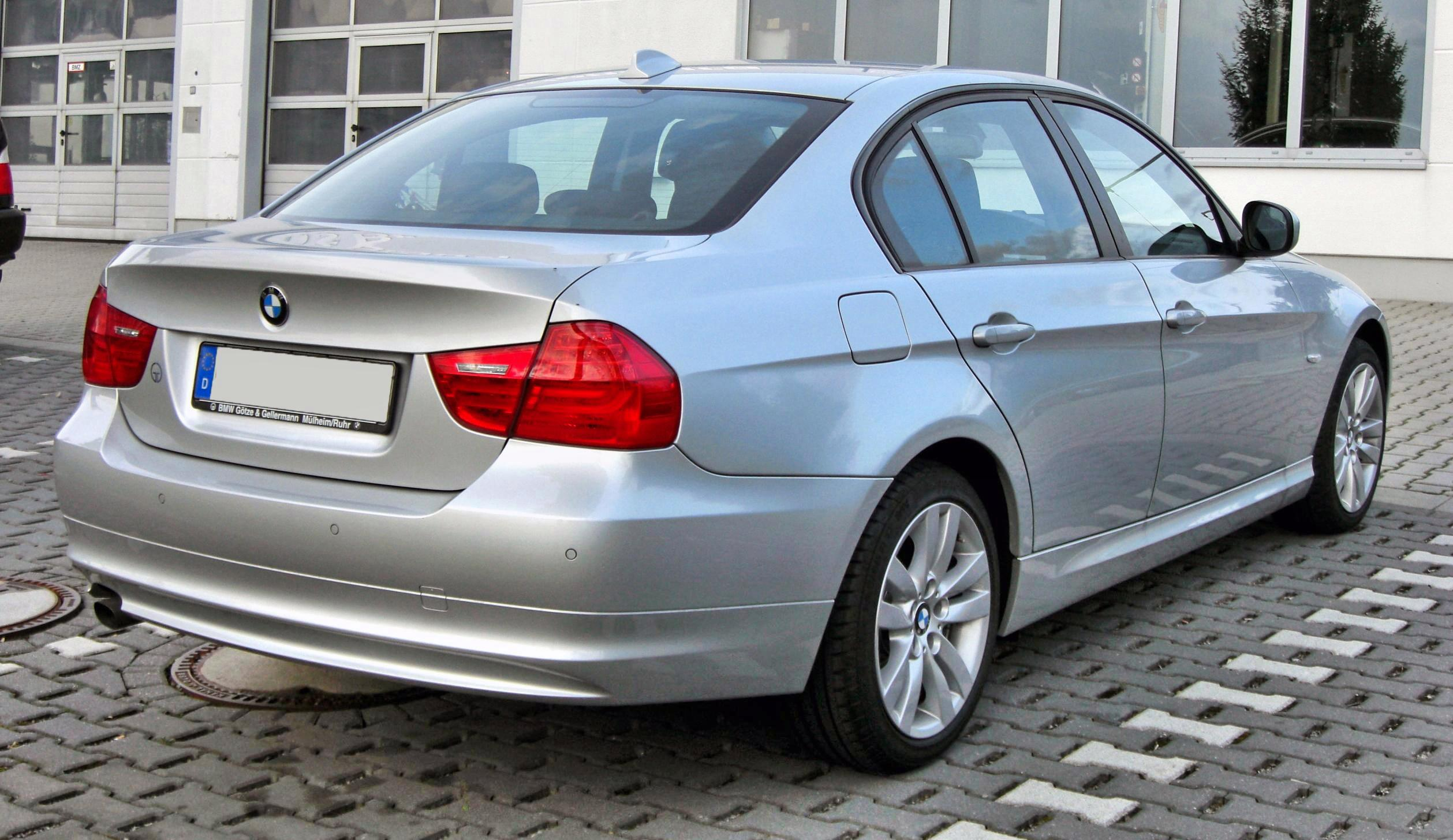 file bmw 3er e90 facelift 20090720 rear jpg wikimedia commons. Black Bedroom Furniture Sets. Home Design Ideas