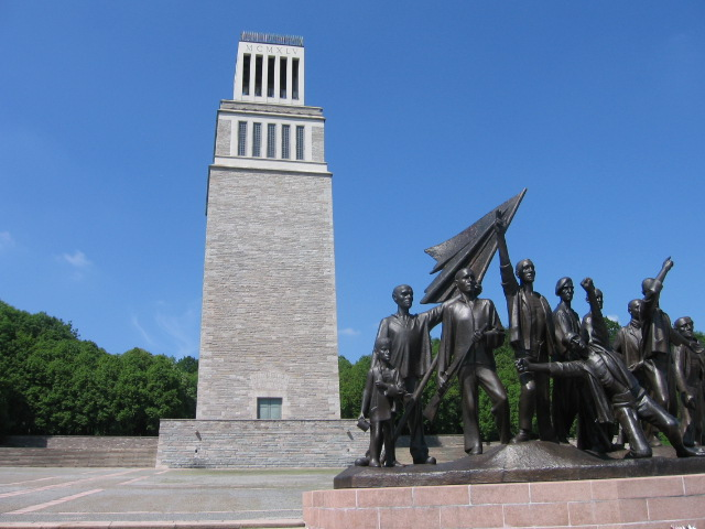 File:Buchenwaldmemorial.jpg