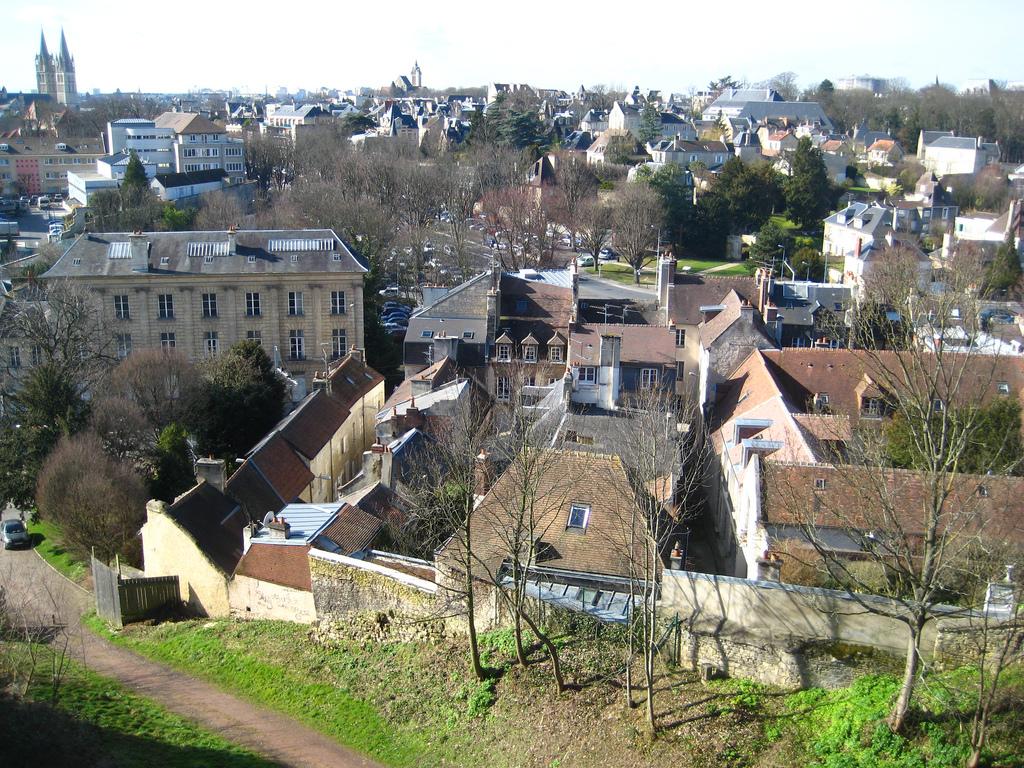 Caen vue depuis chateau saintjulien.jpg