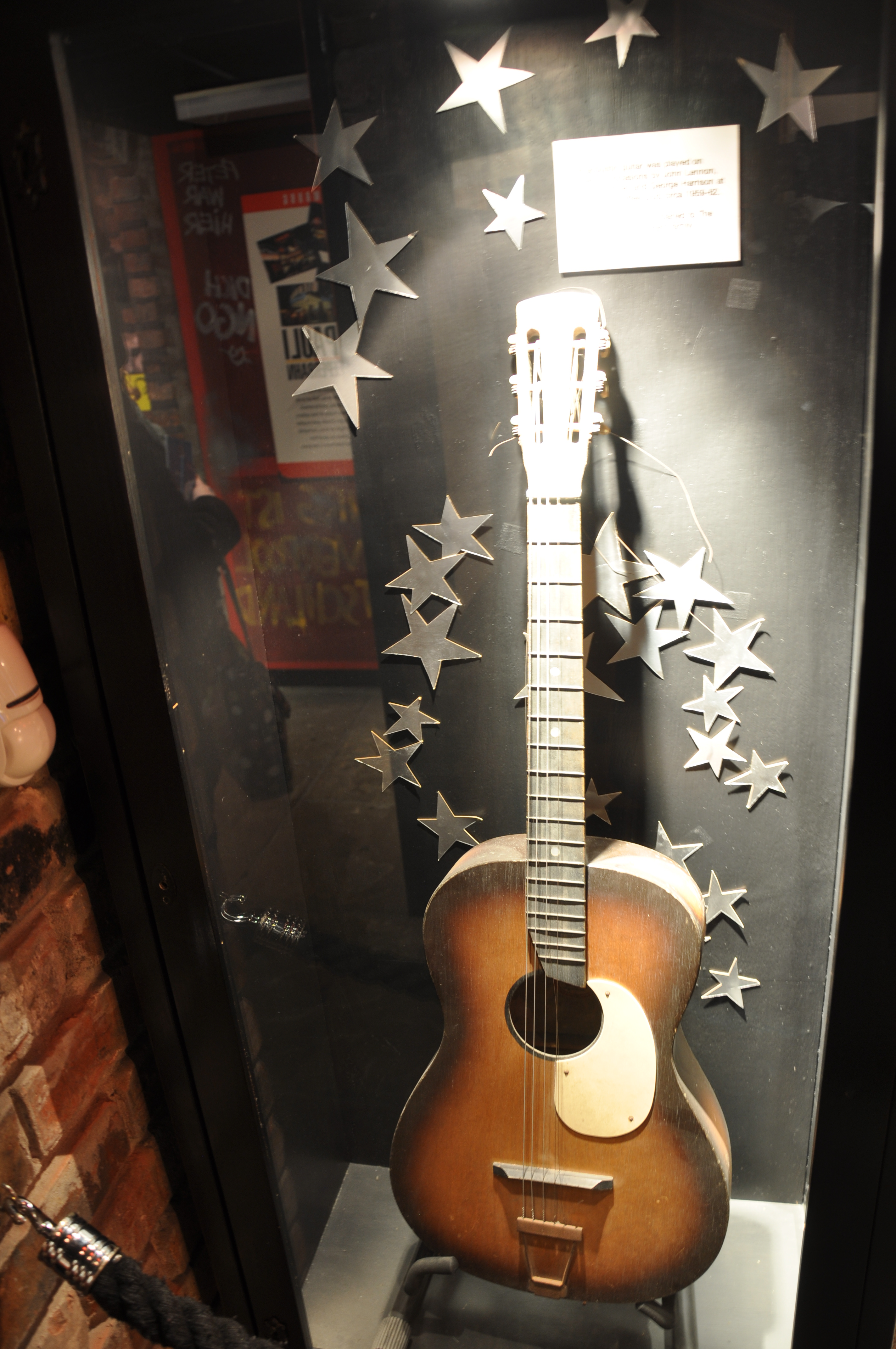 Beatles Guitars: File:Casbah Coffee Club's Guitar, Often Played By Lennon