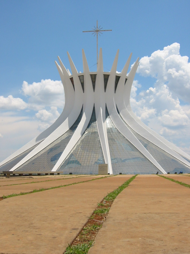 File cathedral brasilia niemeyer jpg wikipedia for Ouvrage architectural