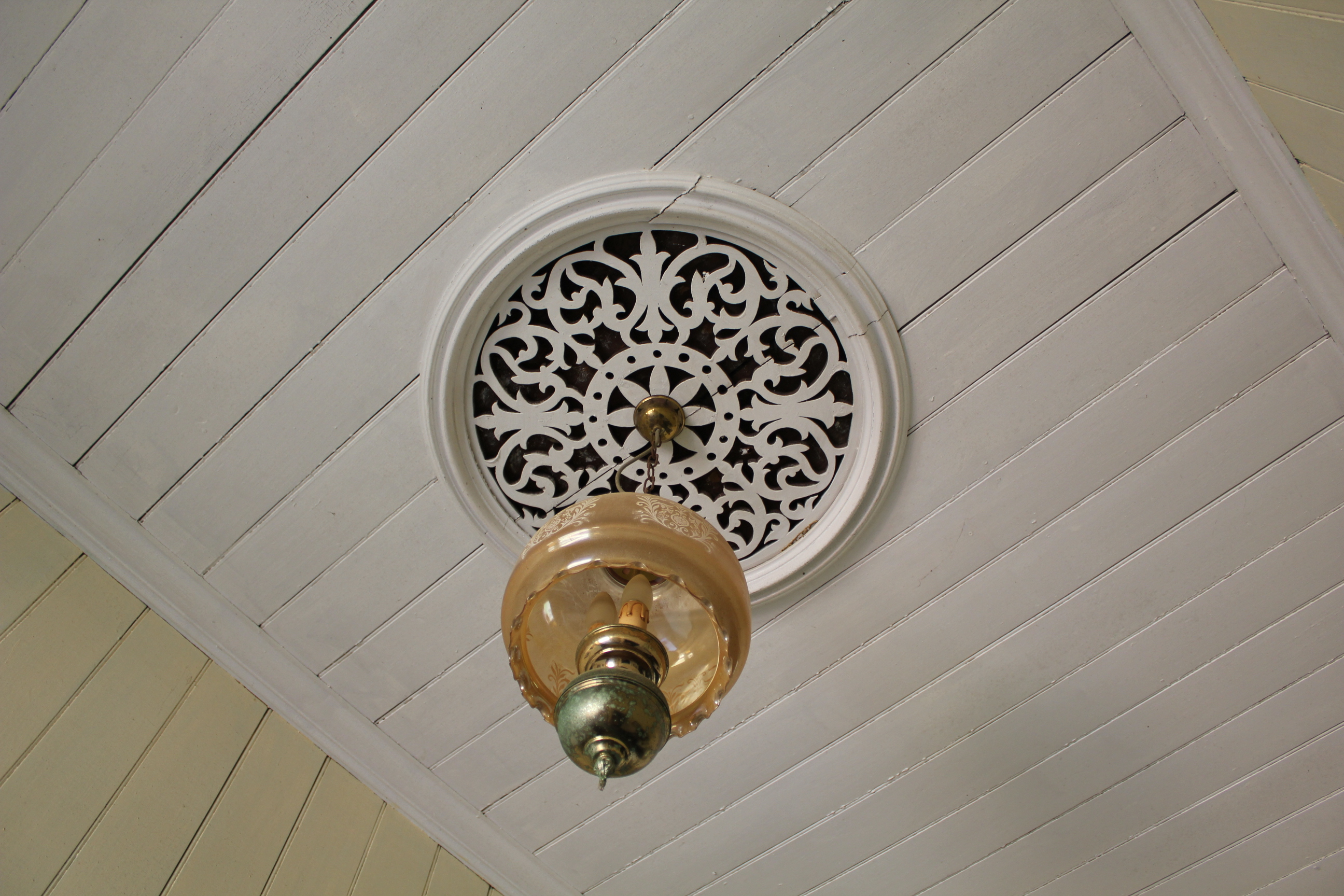 Ceiling Rose Muuto E Canopy Kit Communal Chandelier Pendant Switched Socket Outlet 10 Amp 240 Volt Electrotraders Online Fileceiling House