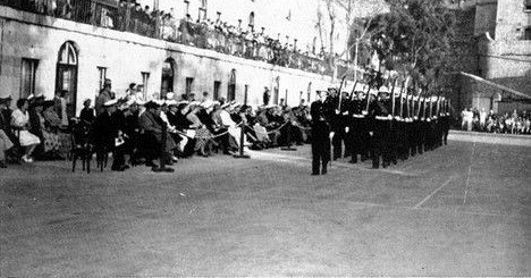File:Ceremony of the Keys in Gibraltar, in 1952.jpg