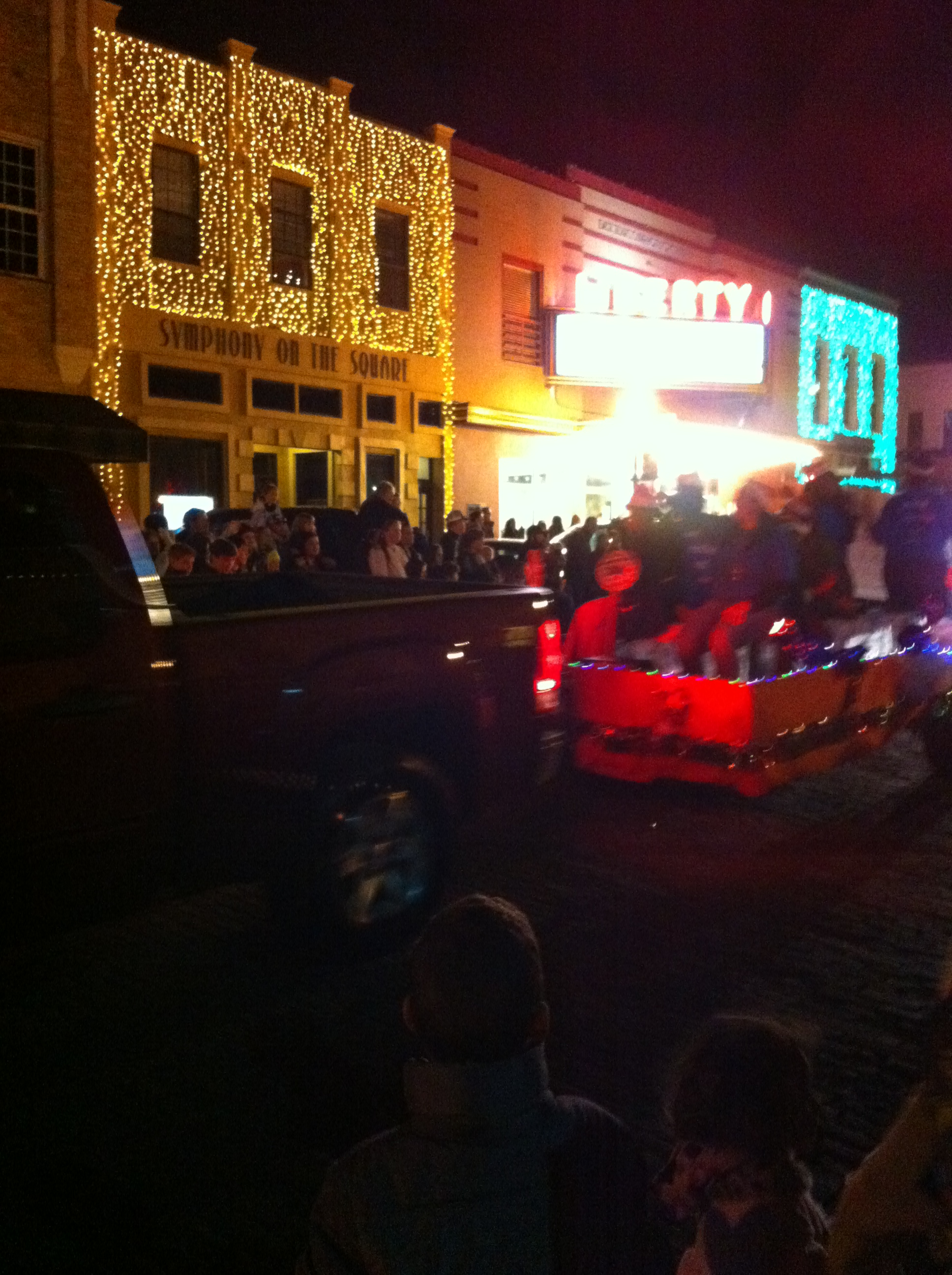filechristmas parade tyler texas 2016jpg