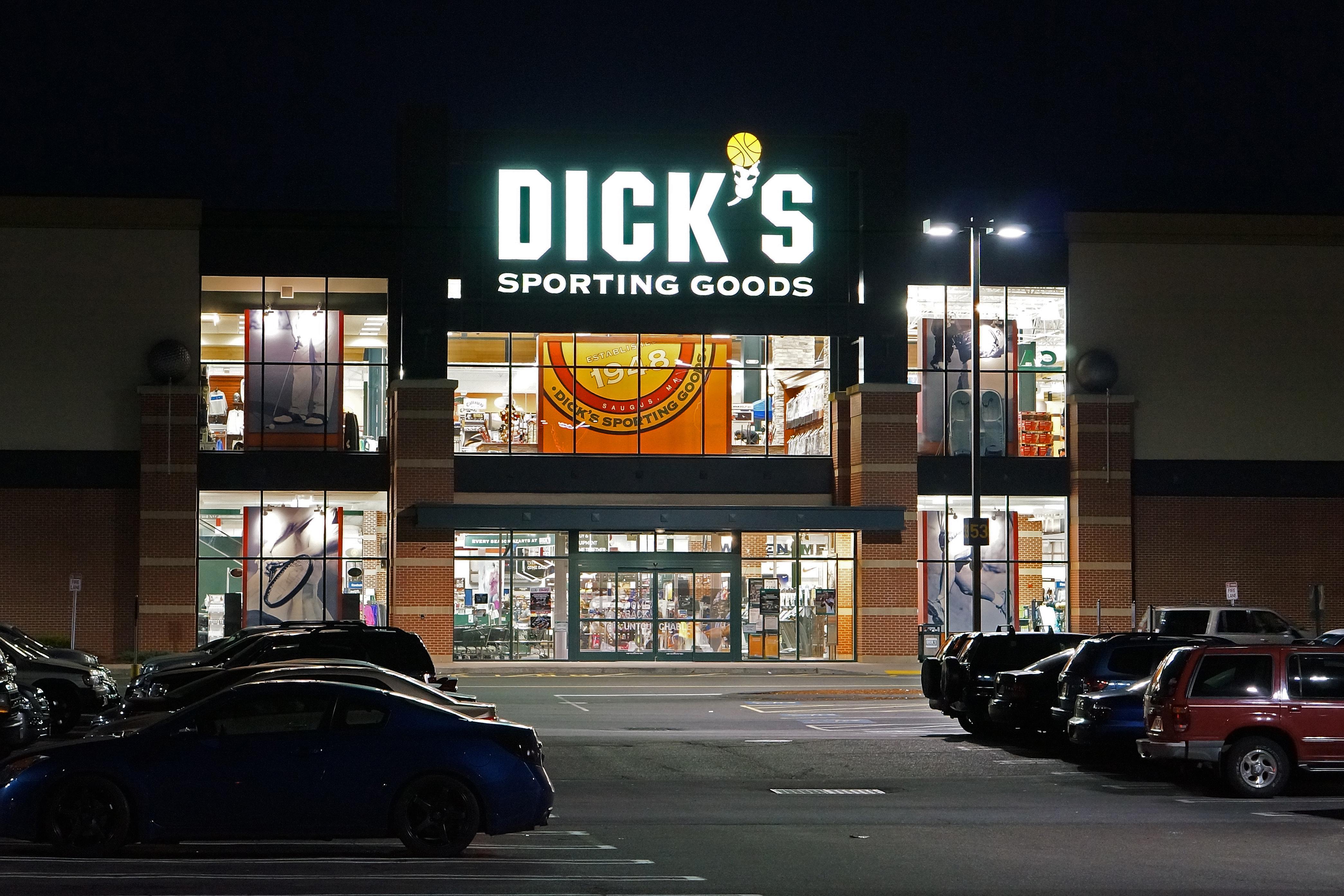 Dick Sporting Goods 19