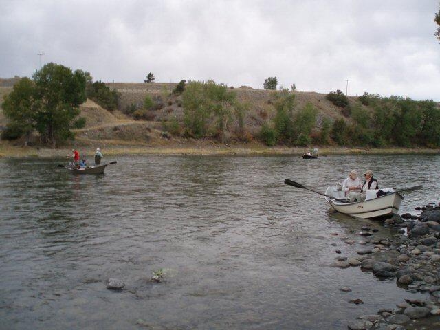 File:Drift Boat Fly Fishing on Yellowstone River Near Grey