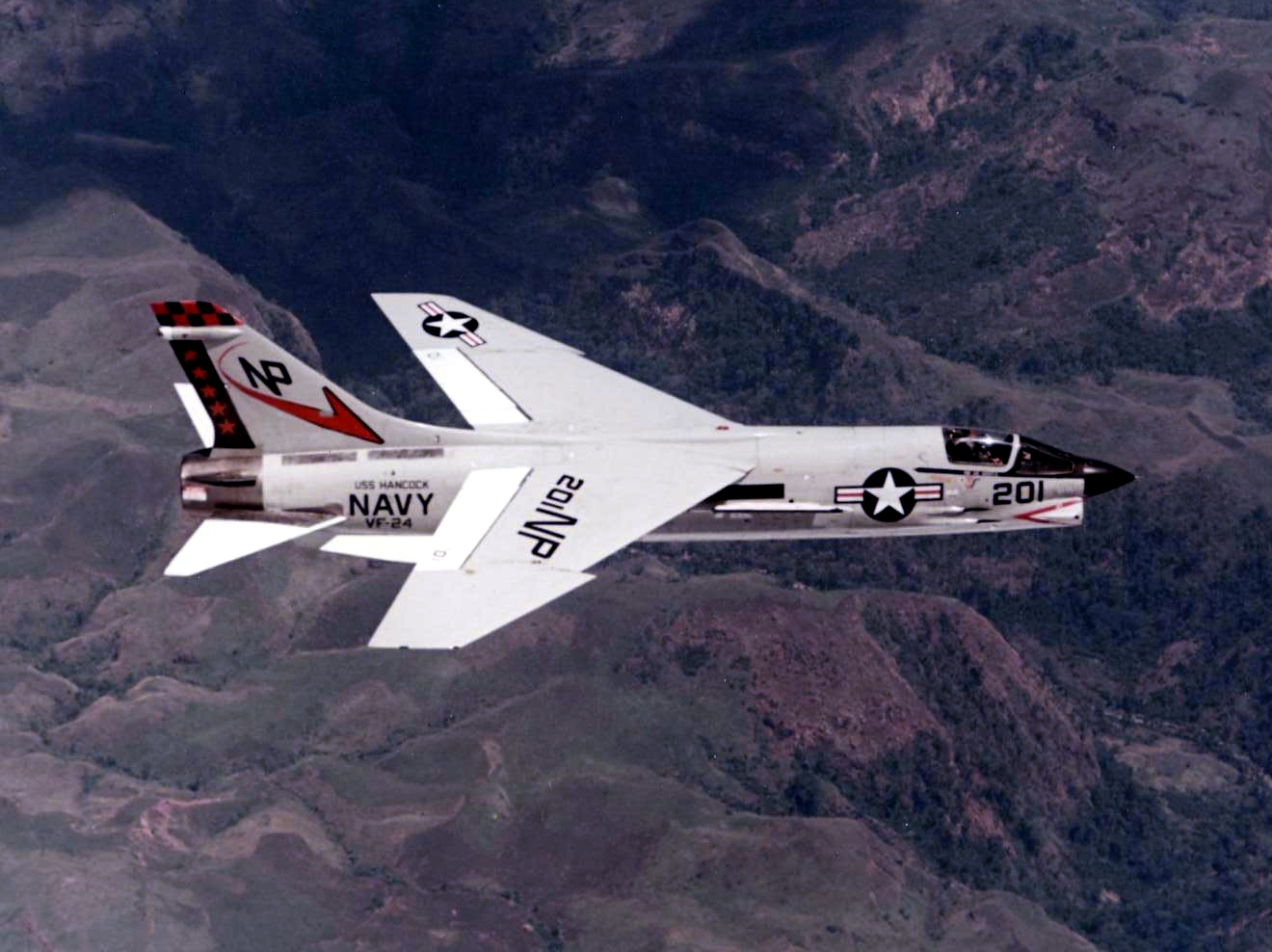 file f 8j crusader of vf 24 in flight in wikimedia commons. Black Bedroom Furniture Sets. Home Design Ideas