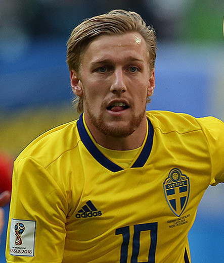 The 26-year old son of father (?) and mother(?) Emil Forsberg in 2018 photo. Emil Forsberg earned a  million dollar salary - leaving the net worth at 3 million in 2018