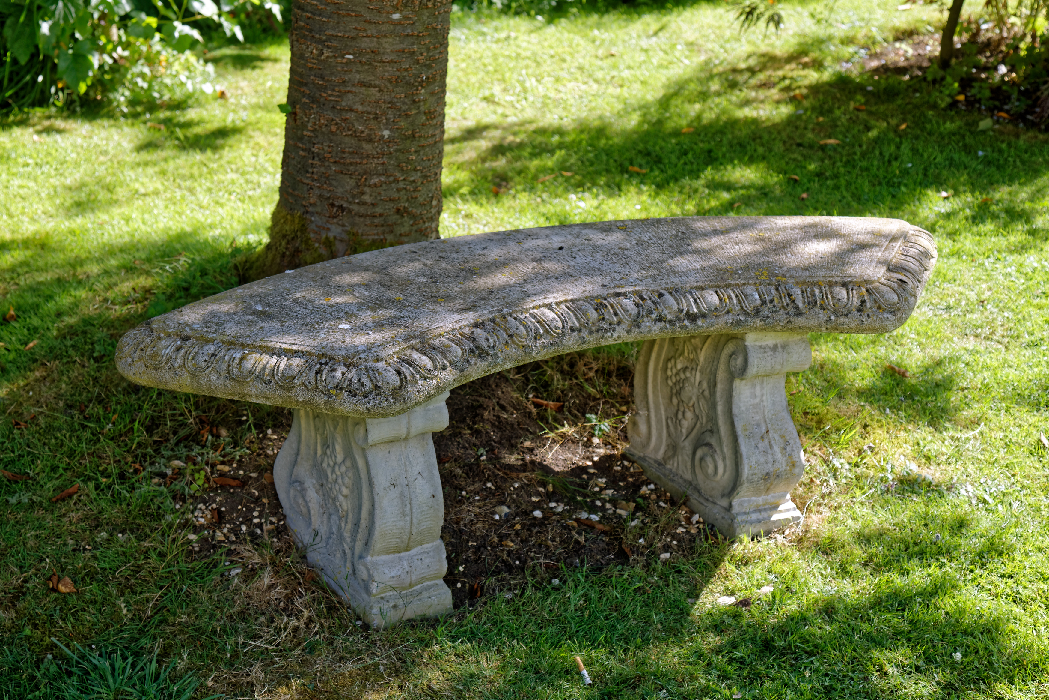 Magnificent File Garden Stone Seat Wikimedia Commons Bralicious Painted Fabric Chair Ideas Braliciousco