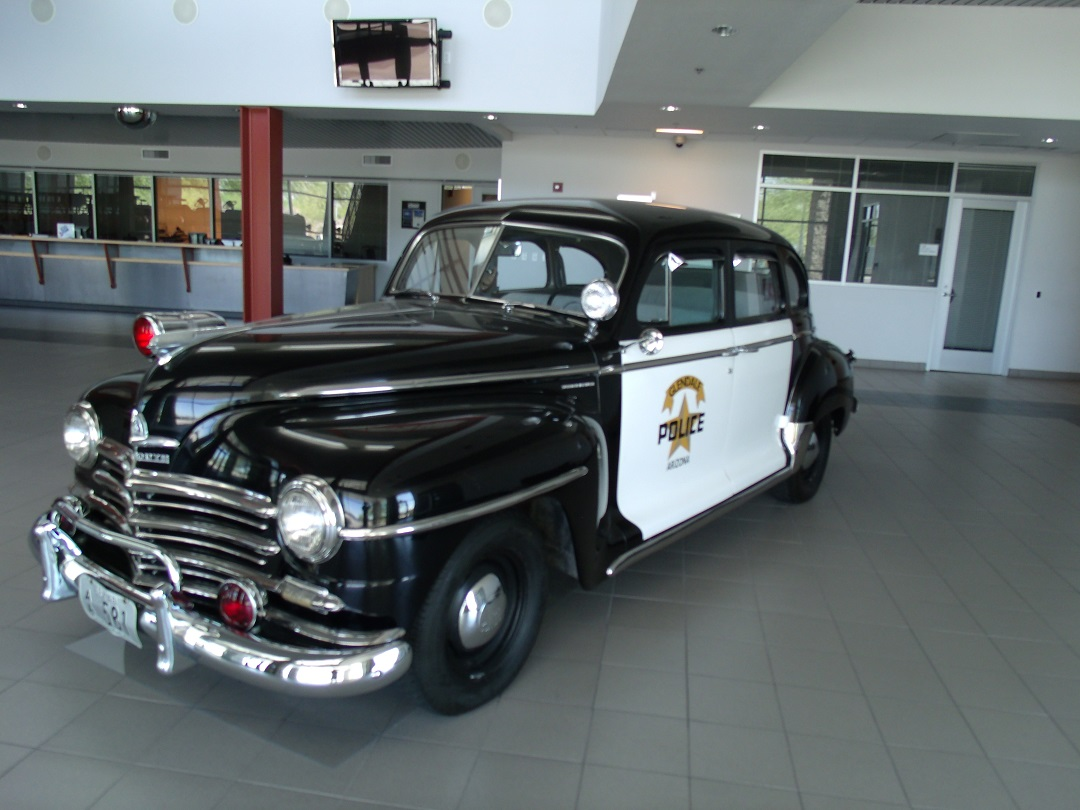 File Glendale 1947 Police Car Jpg Wikimedia Commons