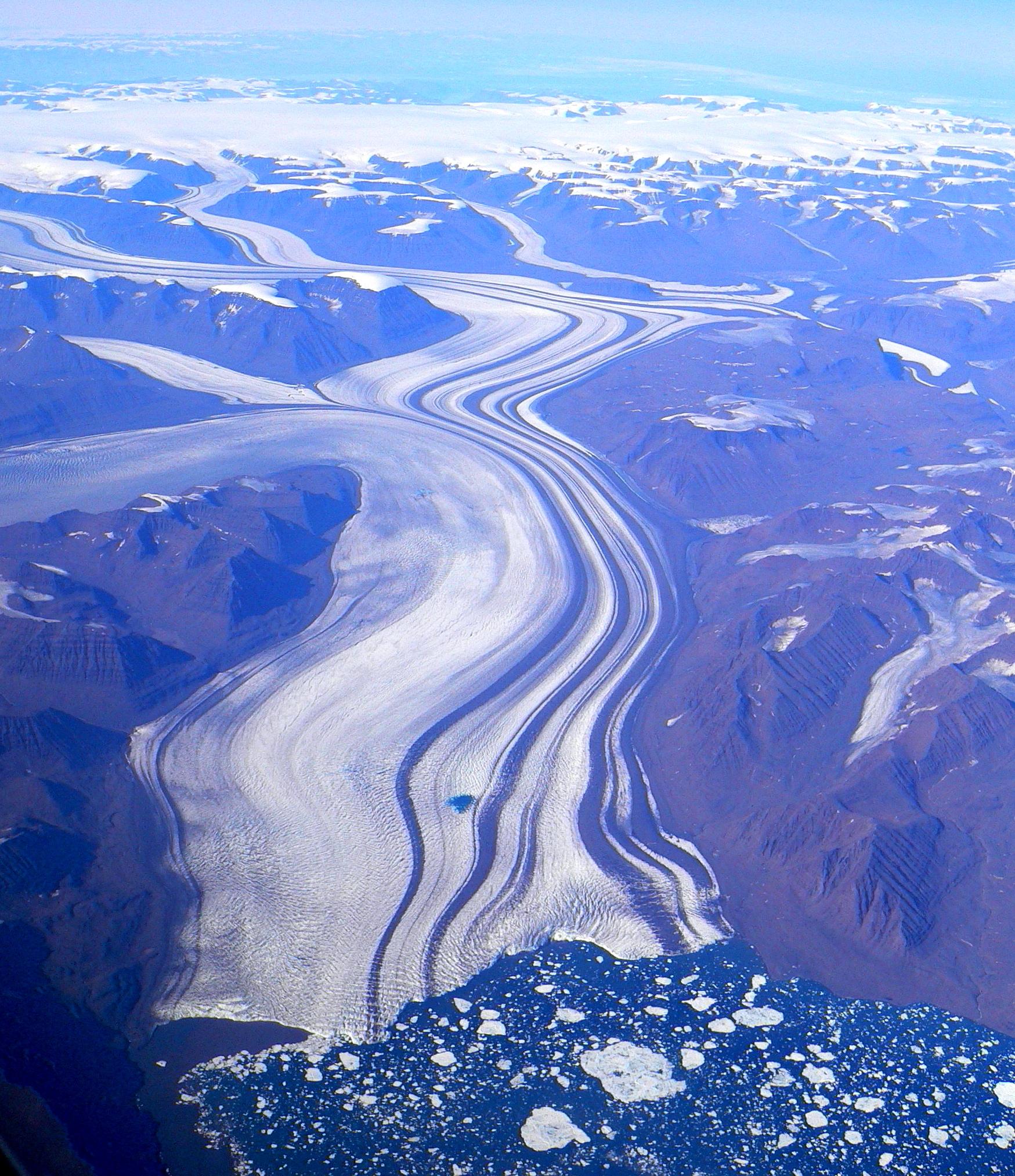 Grönlands Gletscher reichen zu tief in warme Strömungen