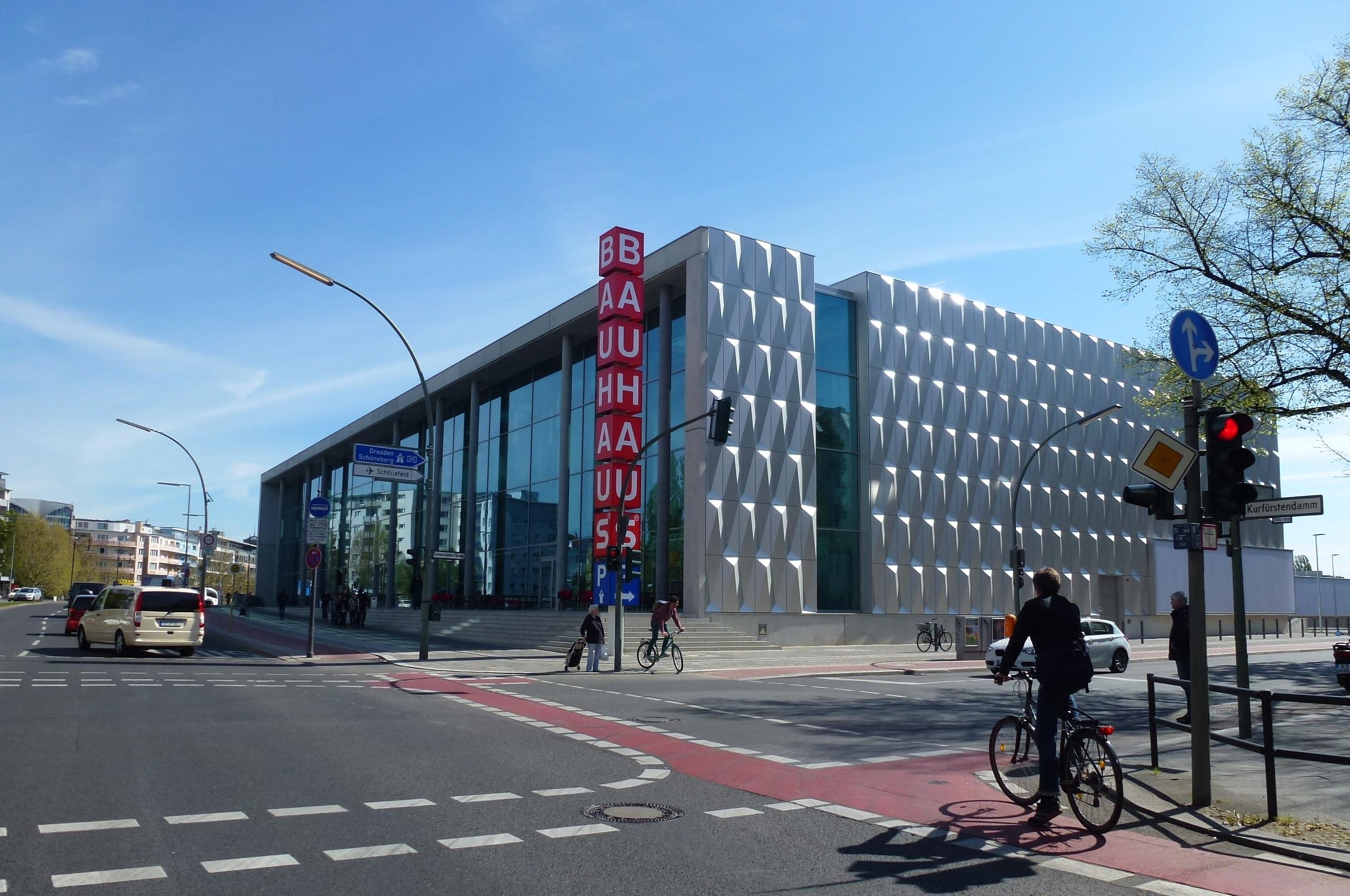 Bauhaus Halensee file halensee kurfürstendamm 130 bauhaus jpg wikimedia commons