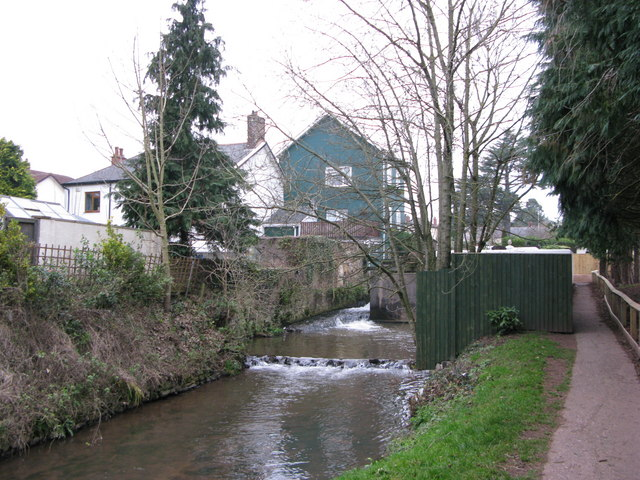 Higher mill race - geograph.org.uk - 1095677