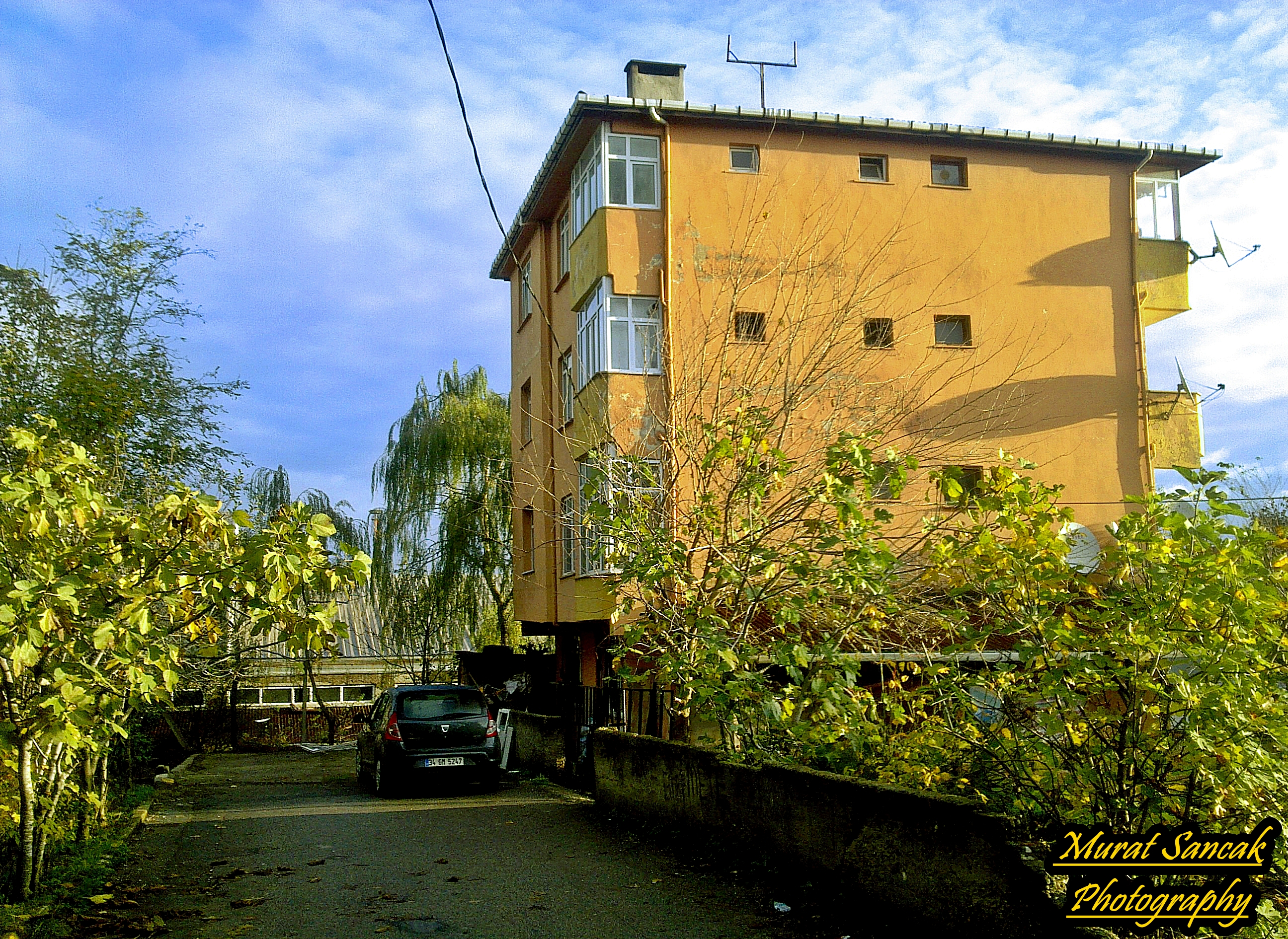 Fileistanbul Cekmekoy Alemdağ Mahallesi 101 Street 24