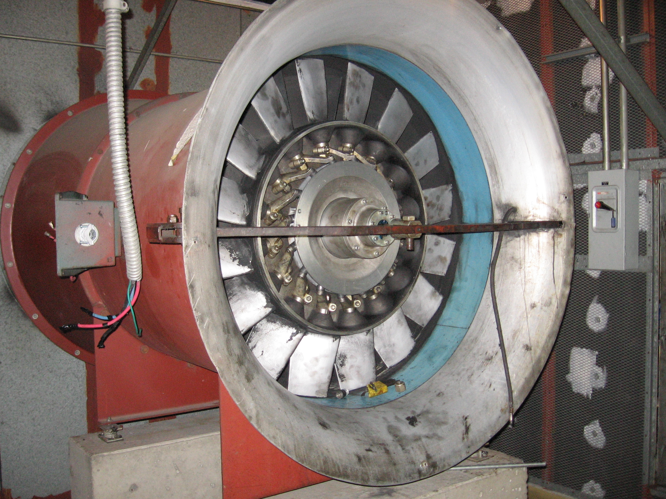 File:Joy Axial Variable Pitch Fan.JPG - Wikipedia, the free ...