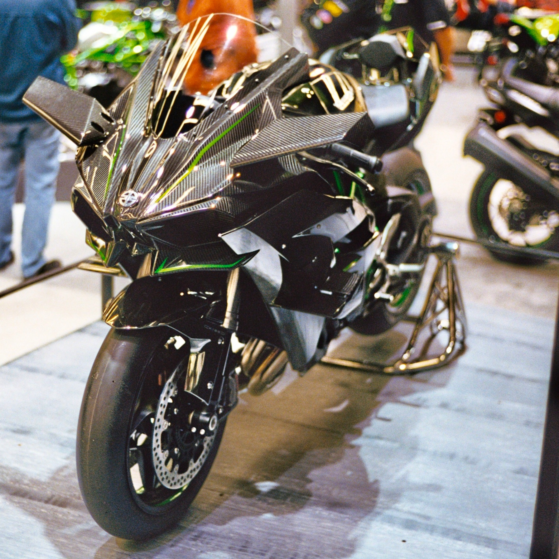 FileKawasaki Ninja H2R Front LeftJPG
