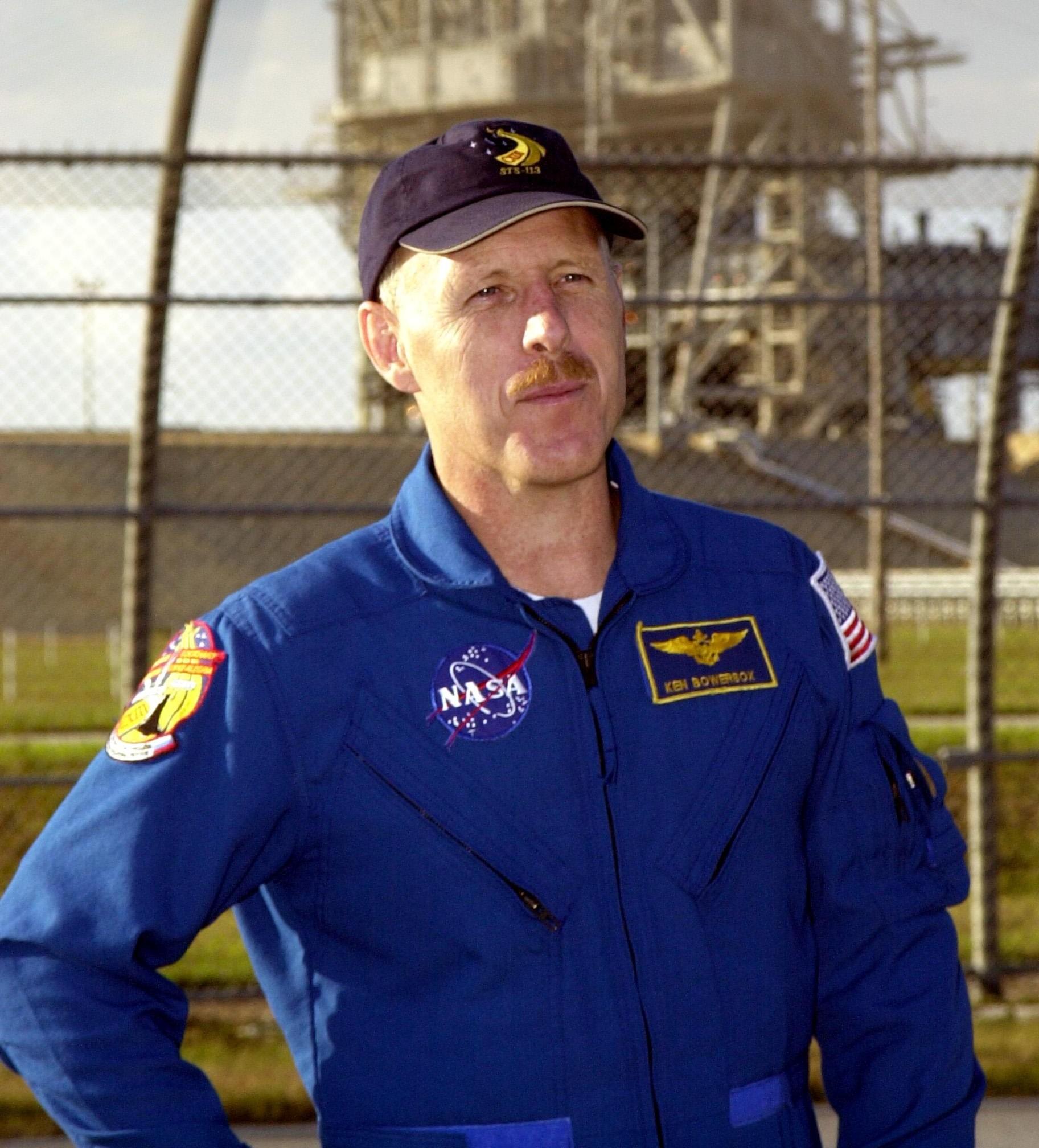 nasa astronaut flight suit - photo #32