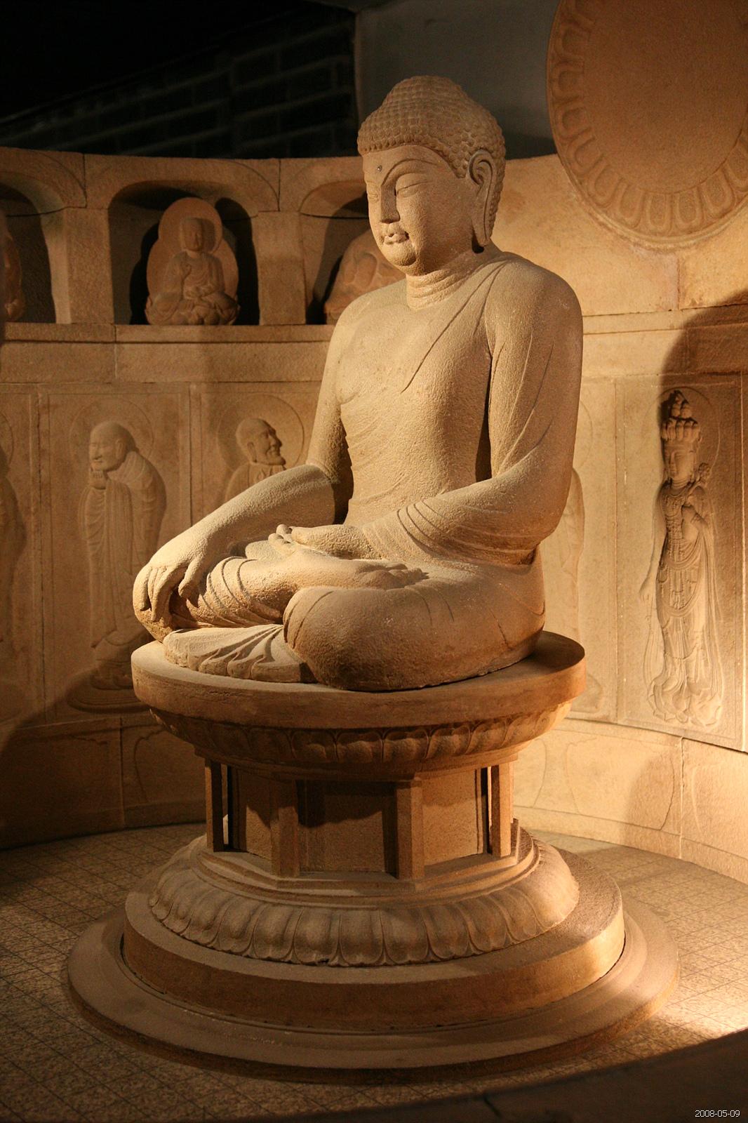 علائم و مراسم مذهبی در آیین بودا