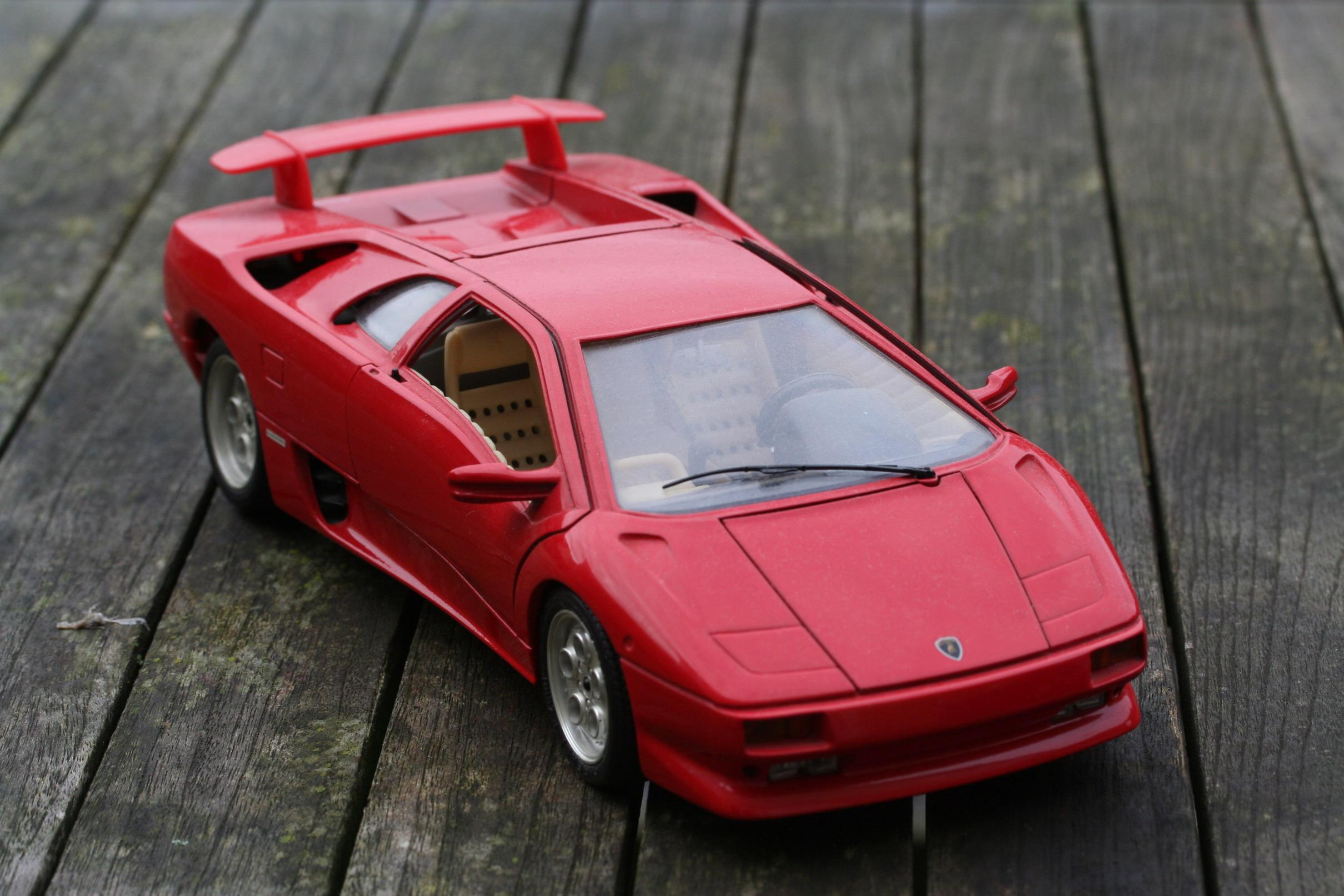 Lamborghini_Bburago Cool Lamborghini Countach Diecast 1 18 Cars Trend