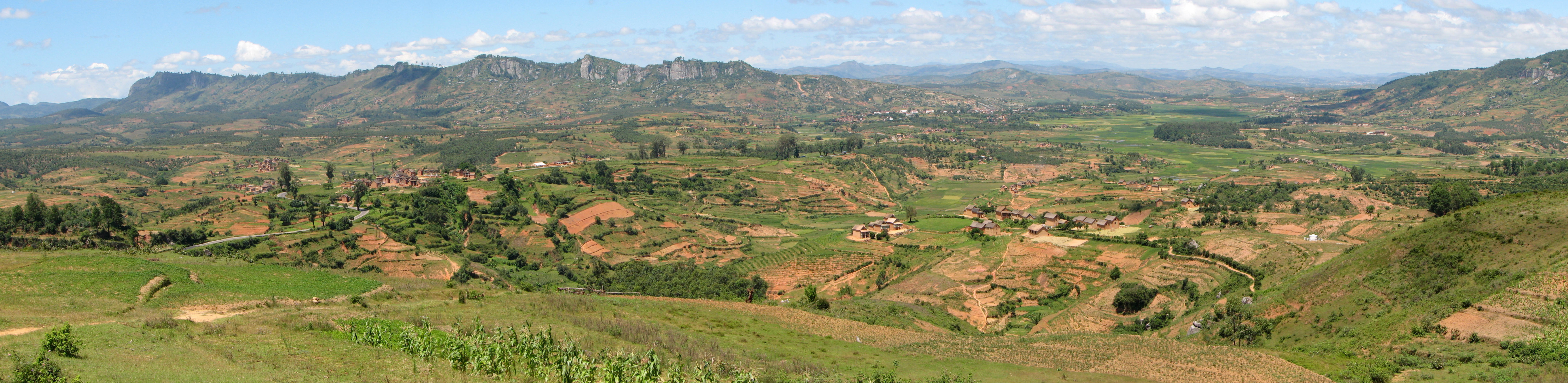 File:Landscape Madagascar 07.jpg - Wikimedia Commons