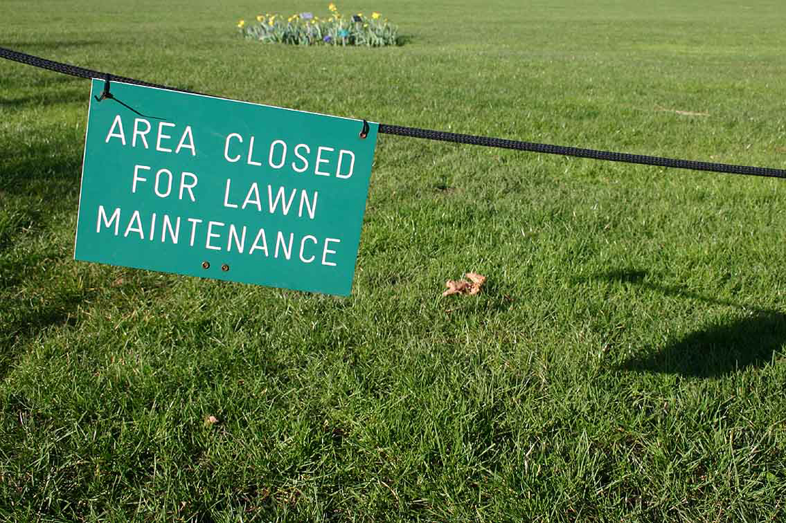 File lawn maintenance sign at rhs wisley garden surrey uk for Lawn care and maintenance
