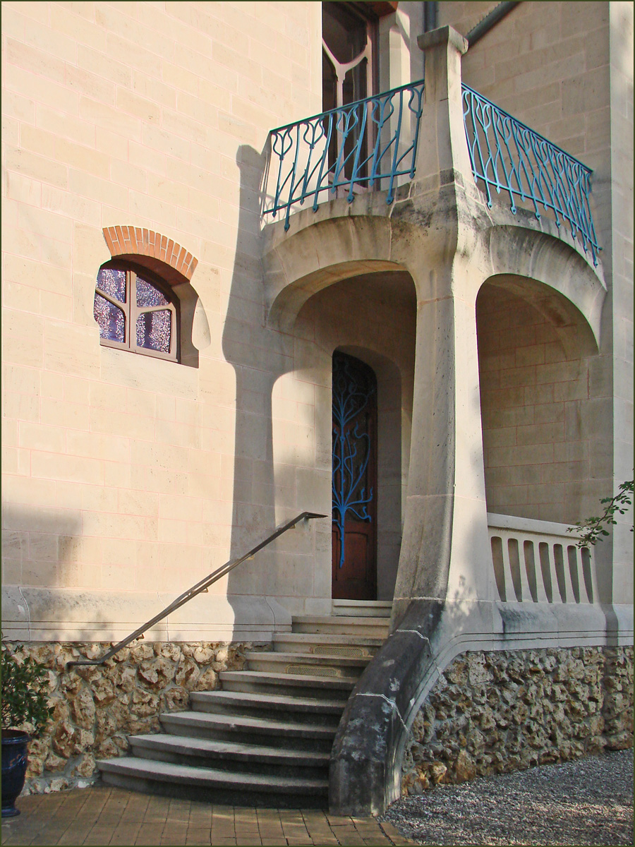 Porche architecture wikip dia for Decoration de facade maison