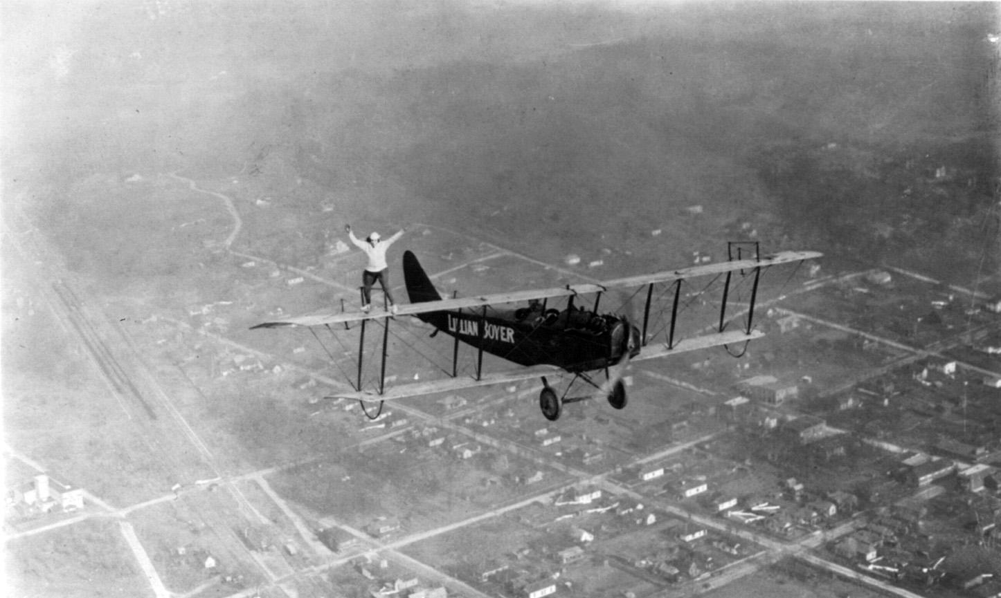 Lillian_Boyer_standing_on_wing_of_plane_cph.3b18663.jpg