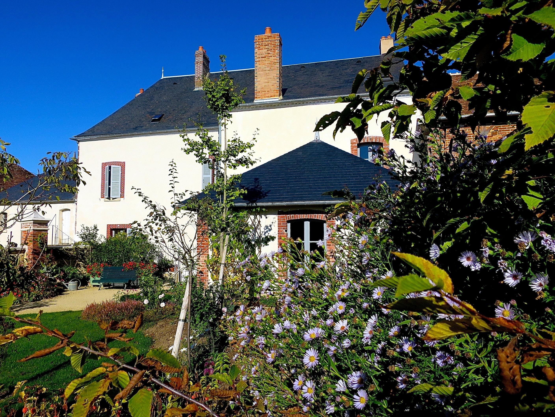 File:Maison de Colette côté jardin.jpg - Wikimedia Commons