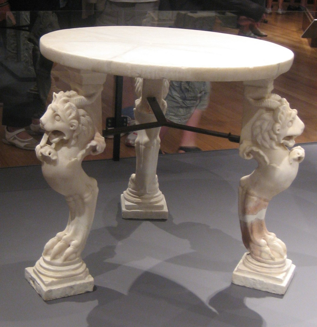 Marble Table From Pompeii Jpg Wikimedia Commons File Marble Table From