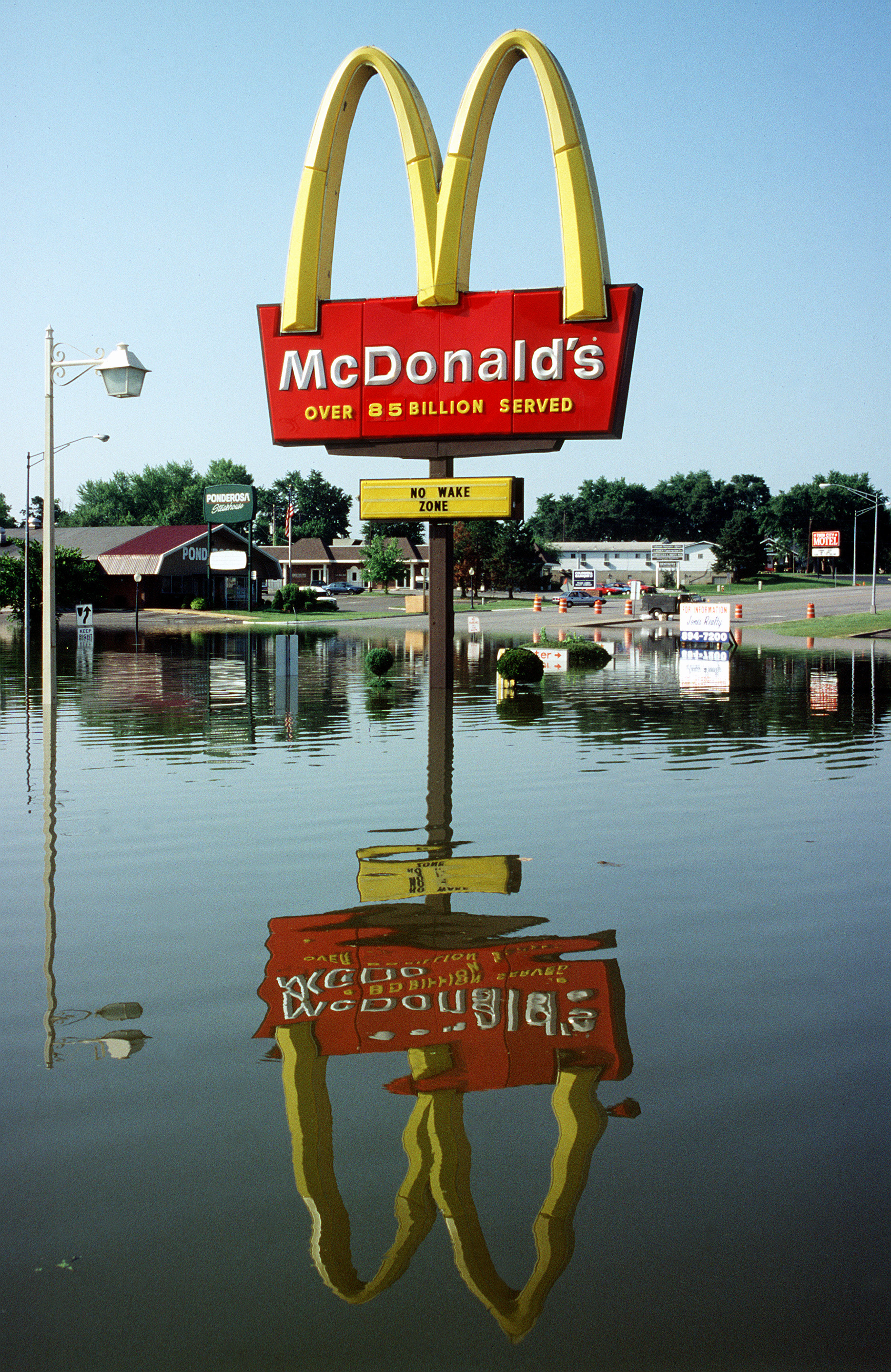 flooded mcdonalds What motivates a danish artists' group to make a movie where one of the most famous american fast food restaurants is inexplicably flooded superflex here comment on the content of their post-apocalyptic movie 'flooded mcdonald's' superflex' starting point was to focus on the idea of the mass.