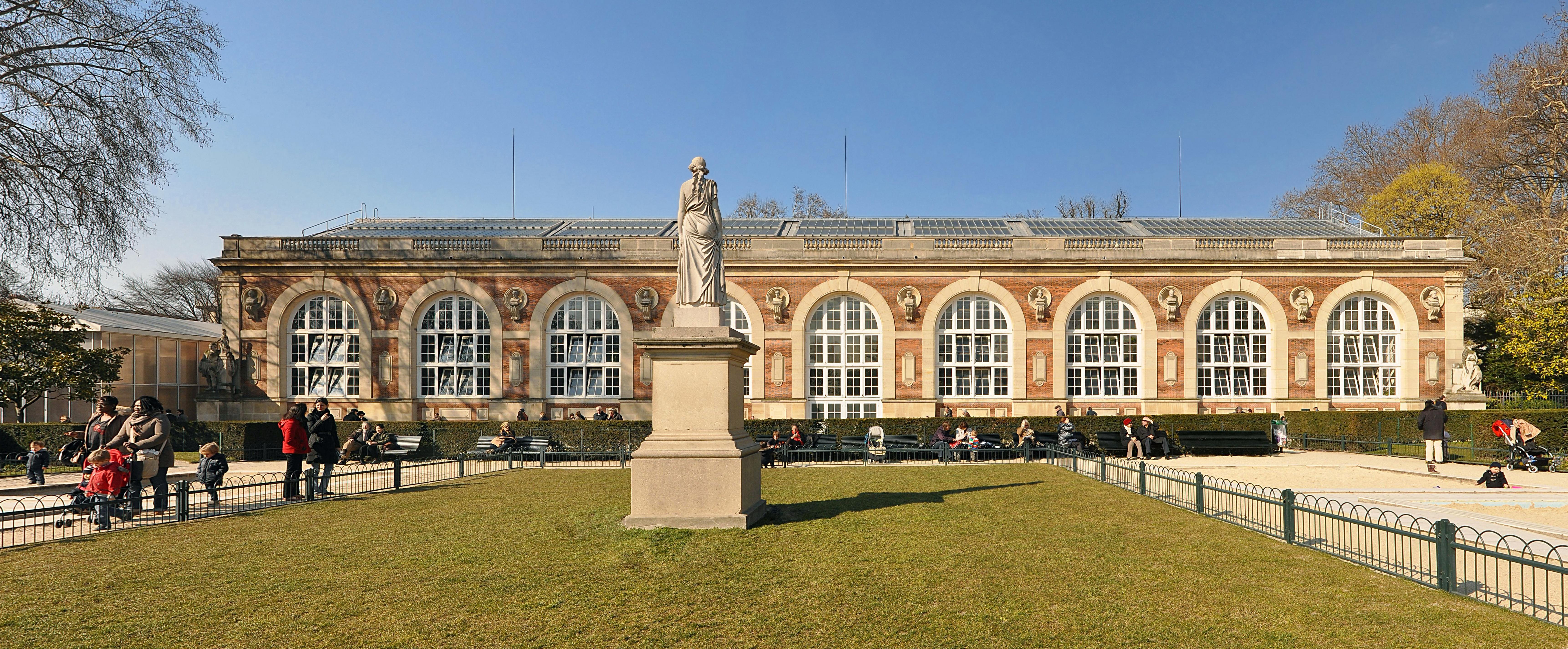 file orangerie du jardin du luxembourg paris