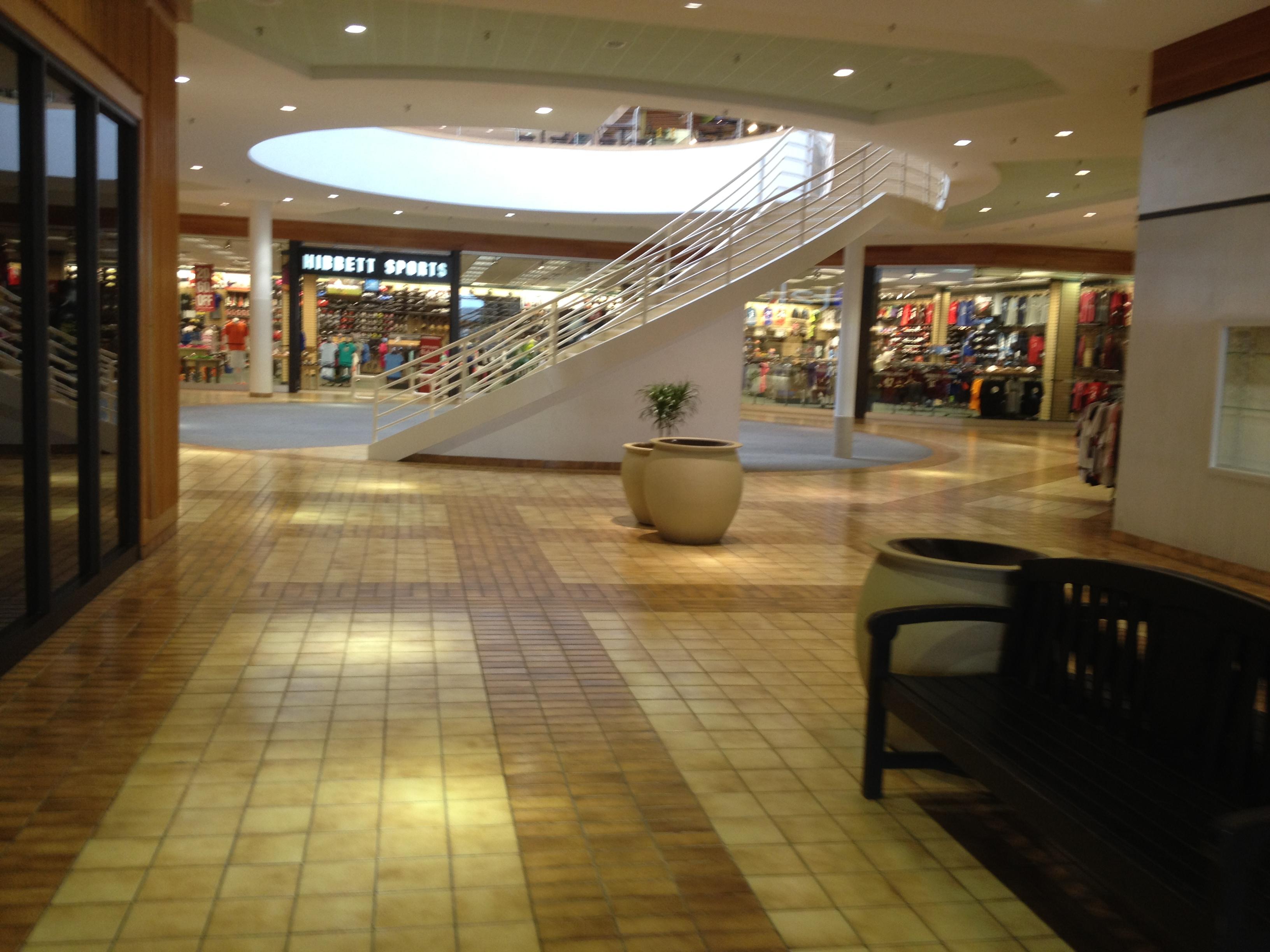 File Piedmont Mall Danville Va 7377708580 Jpg