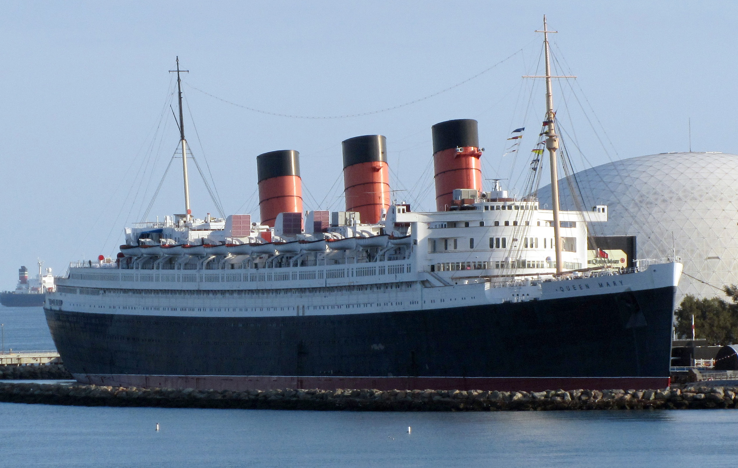 Queen Mary Docked In Long Beach