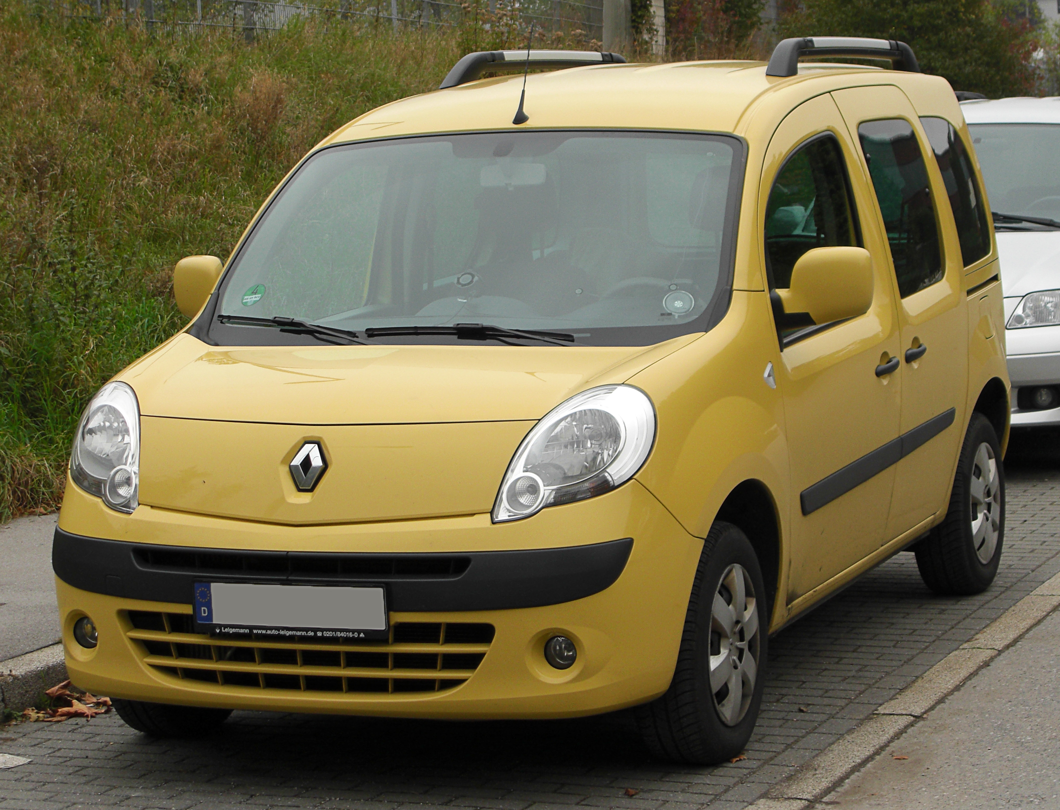 file renault kangoo ii front wikimedia commons. Black Bedroom Furniture Sets. Home Design Ideas