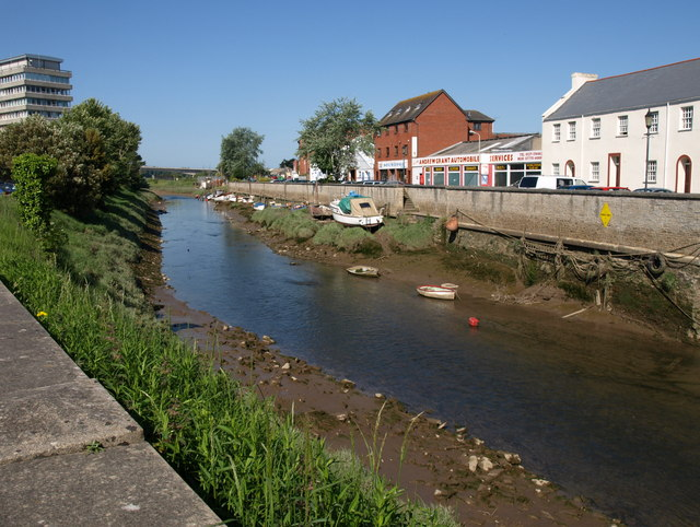 River Yeo, Barnstaple - geograph.org.uk - 1346468