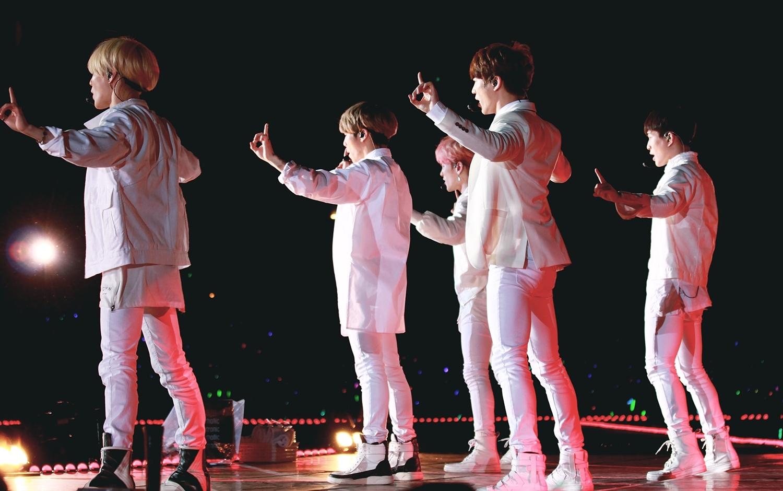 Shinee World Tour