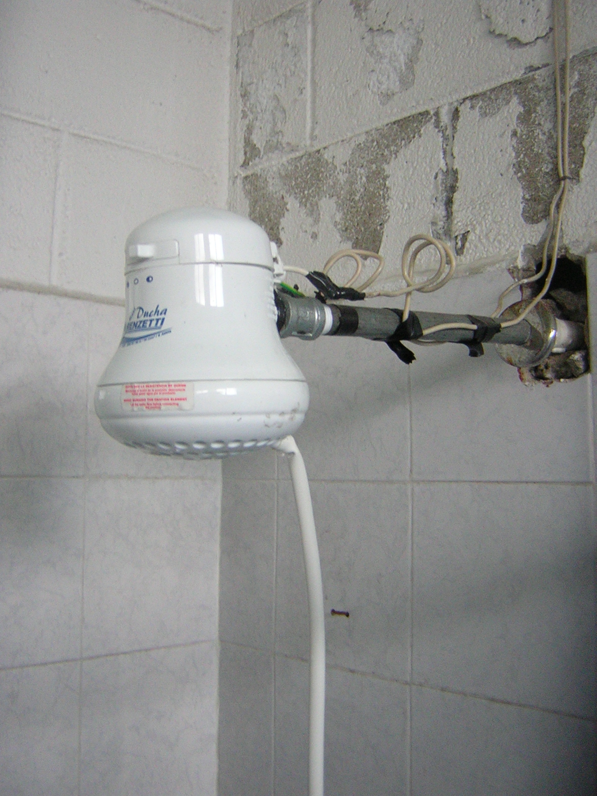 file showers in guatemala jpg wikimedia commons