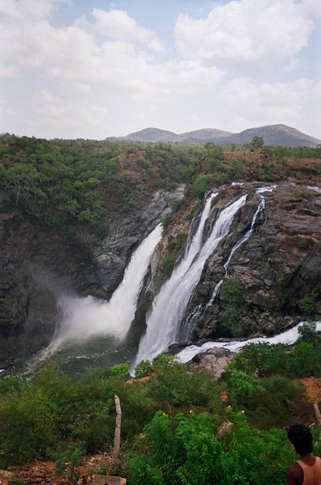 Shivanasamudra Falls on the Kaveri River near Mysore.