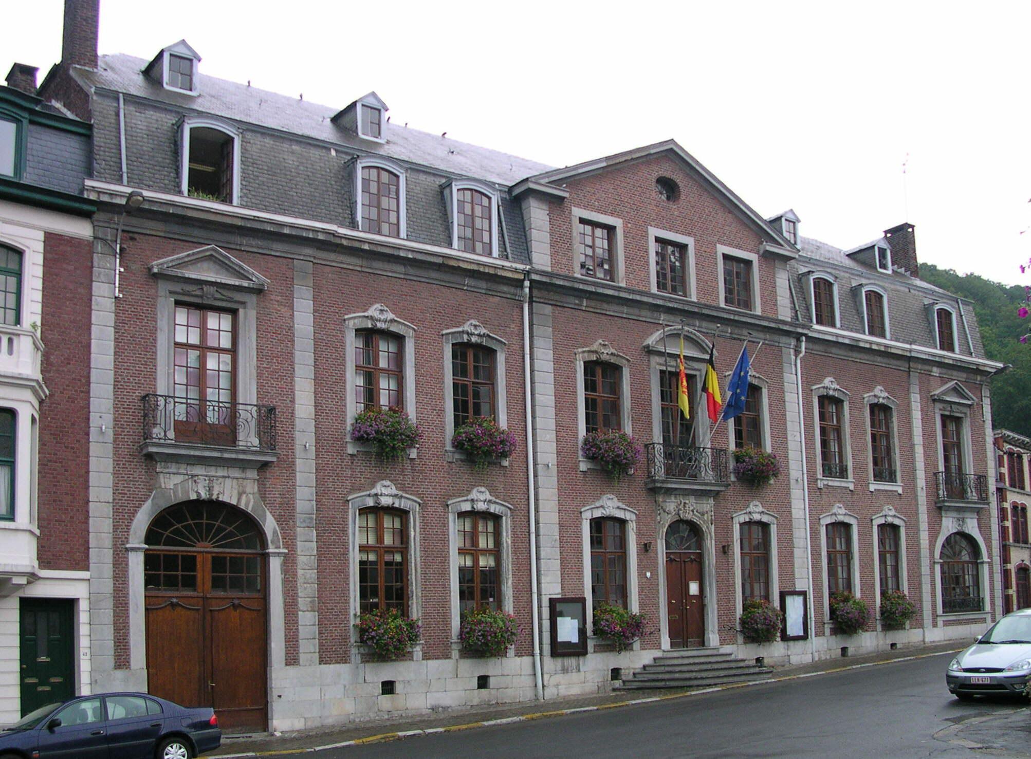 File spa hotel de wikimedia commons for Mairie salon