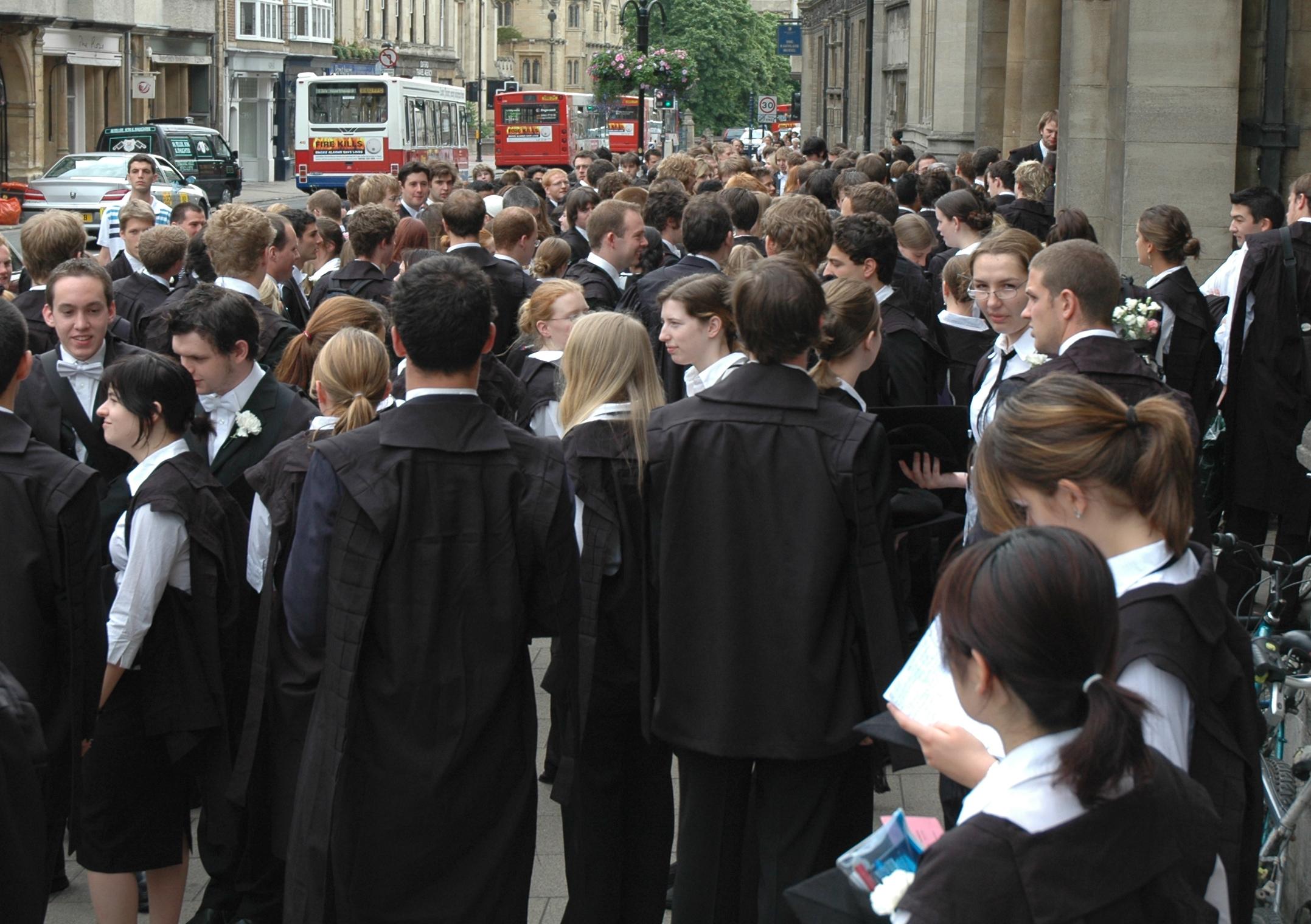 Students Oxford University.jpg