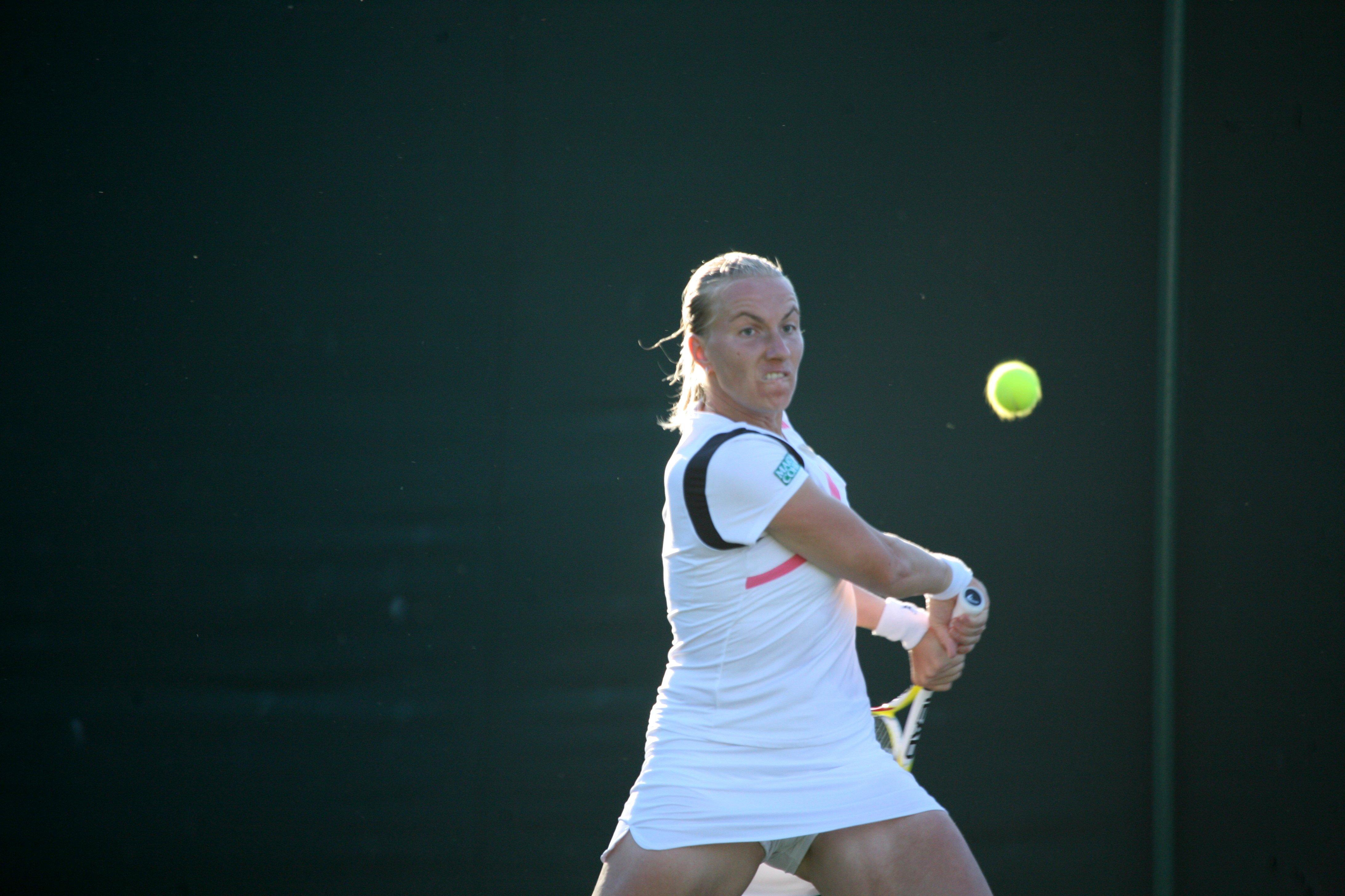 File Svetlana Kuznetsova at the 2009 Wimbledon Championships 01