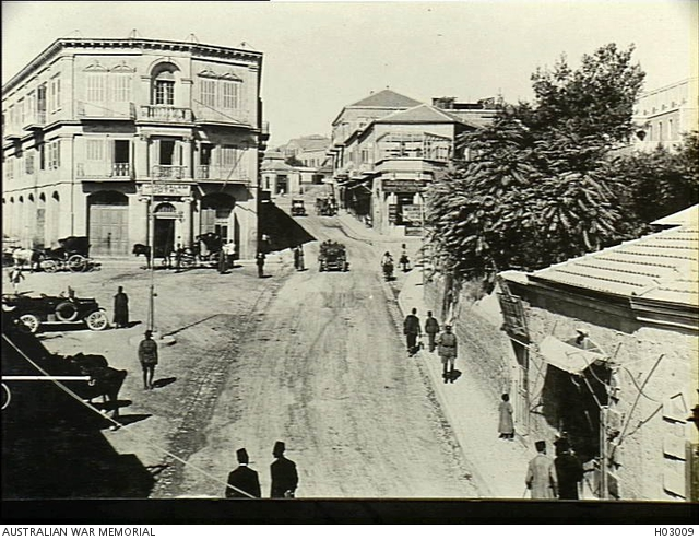 File:The Jerusalem Hotel was utilised as a military house by the Army and Navy Canteens. c.1916. H03009.jpg