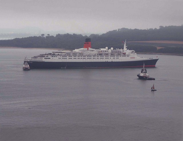 File:The QE2 - geograph.org.uk - 1002195.jpg