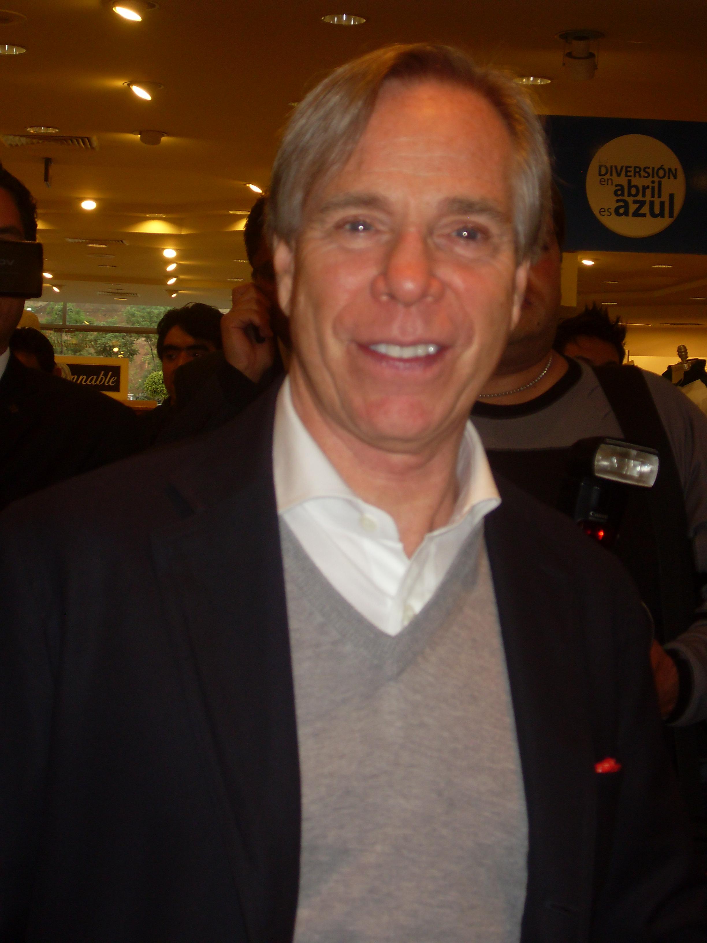 File:TommyHilfiger.JPG - Wikimedia Commons