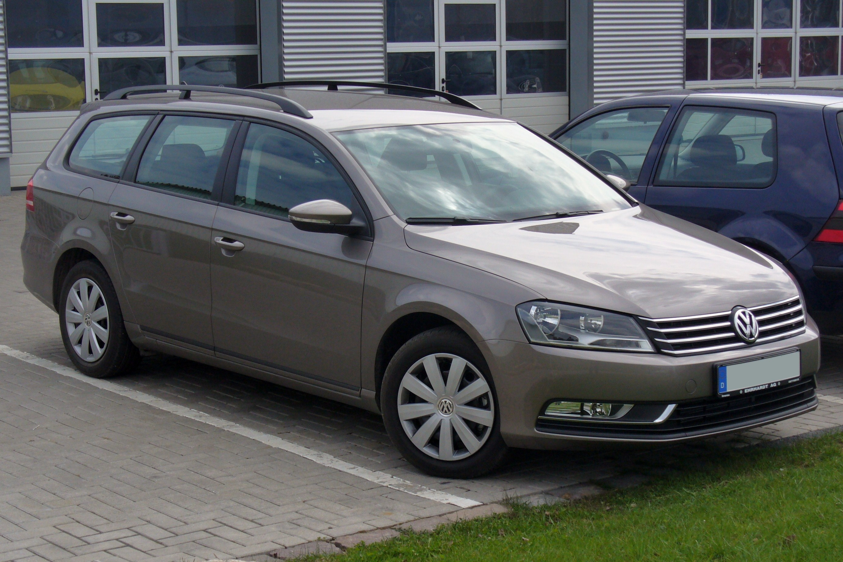 file vw passat b7 variant trendline 2 0 tdi bmt. Black Bedroom Furniture Sets. Home Design Ideas