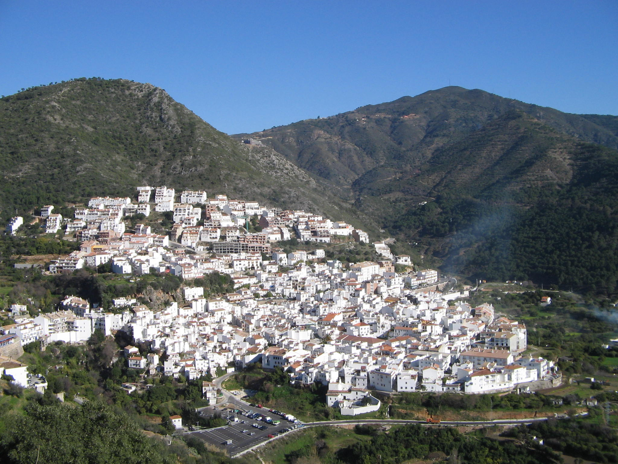 File:Village in Andalusia, Spain 2005.jpg - Wikimedia Commons