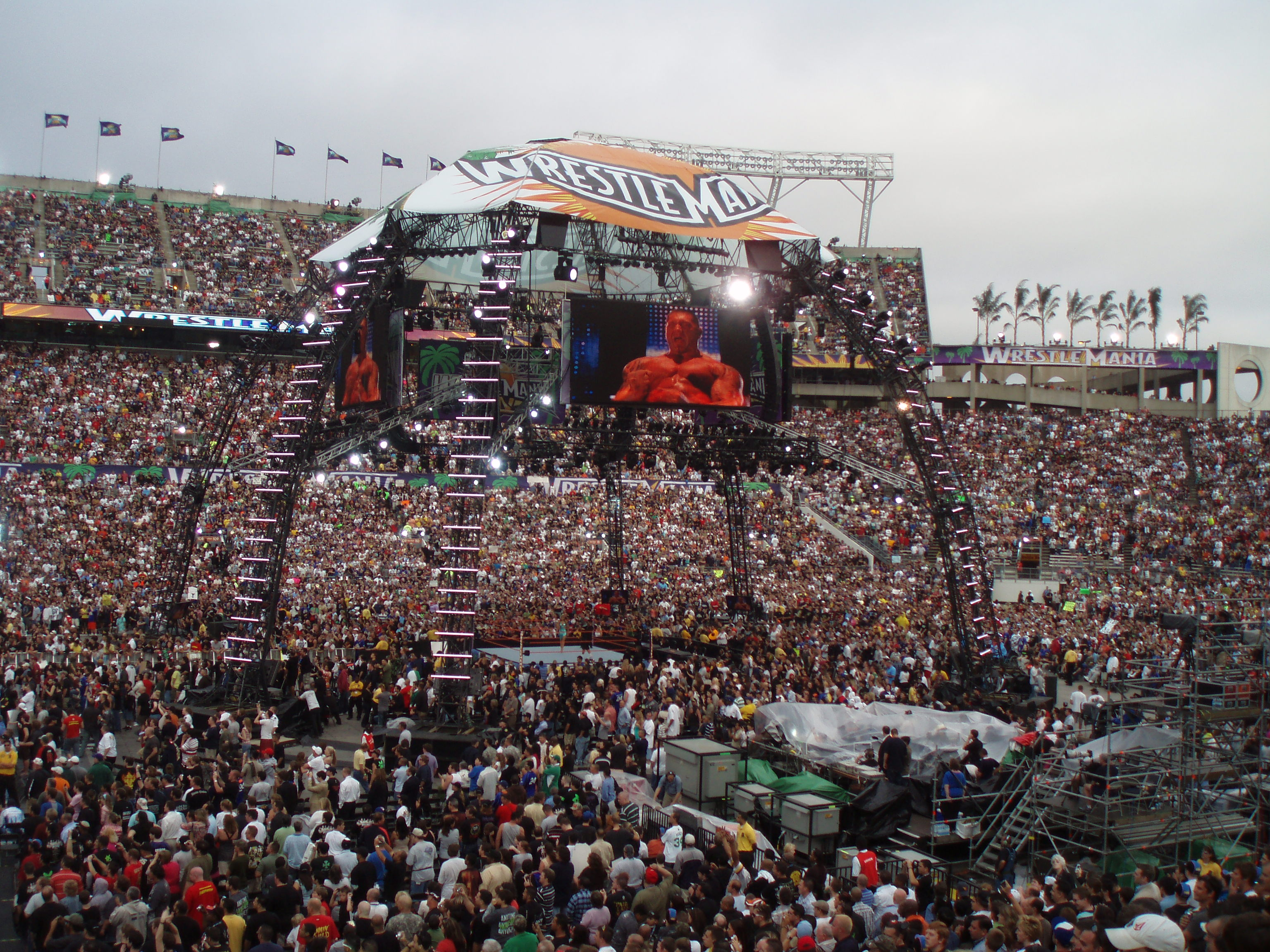 File:WRESTLEMANIA XXIV 040.jpg - Wikimedia Commons