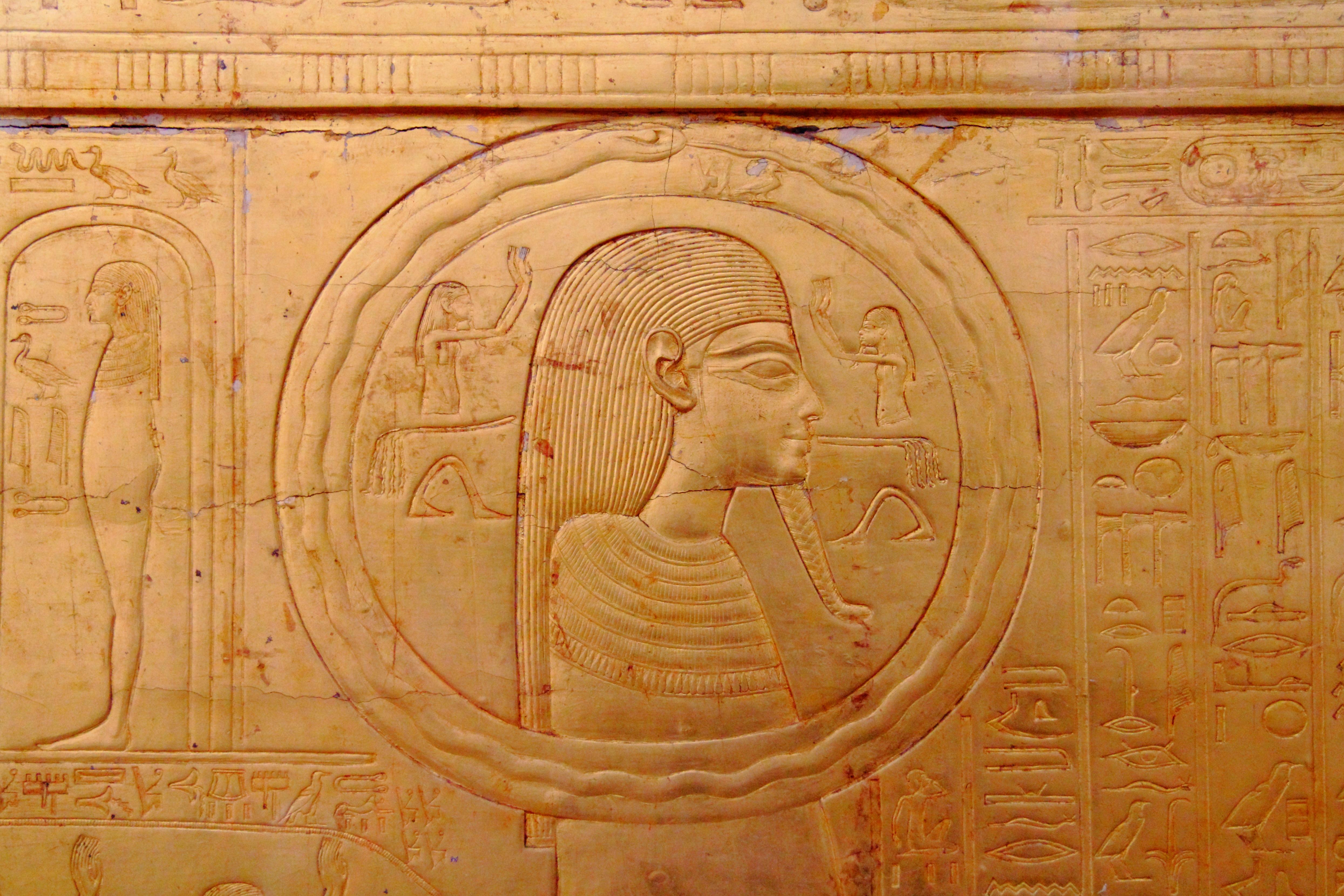 gyptisches_Museum_Kairo_2016-03-29_Tutanchamun_Grabschatz_09.jpg