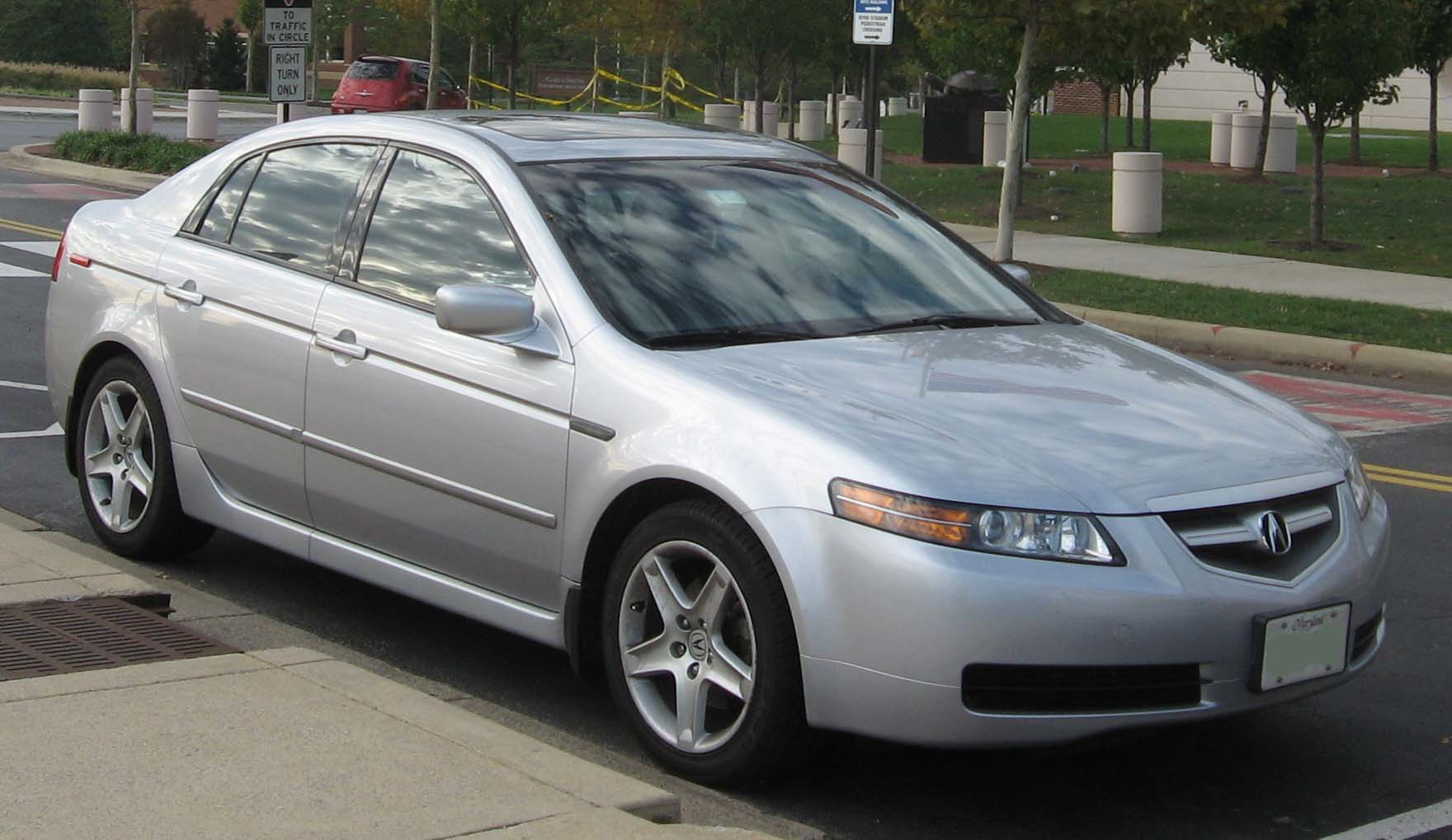 Acura Owners Complain Of Cracking Dashboards - Acura tl 2004 dashboard