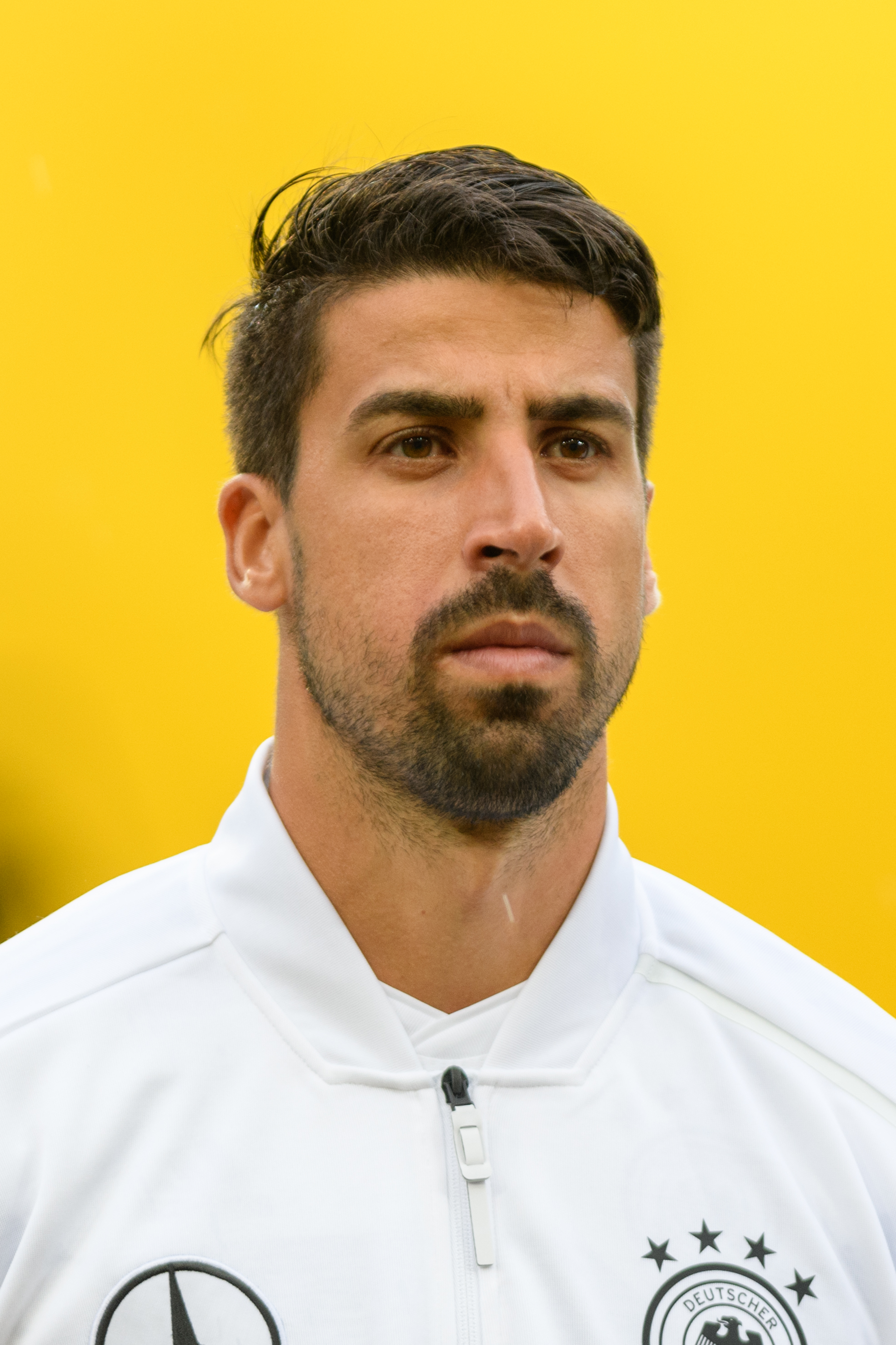 The 31-year old son of father Lazhar Khedira and mother Doris Khedira Sami Khedira in 2018 photo. Sami Khedira earned a 11 million dollar salary - leaving the net worth at 60 million in 2018